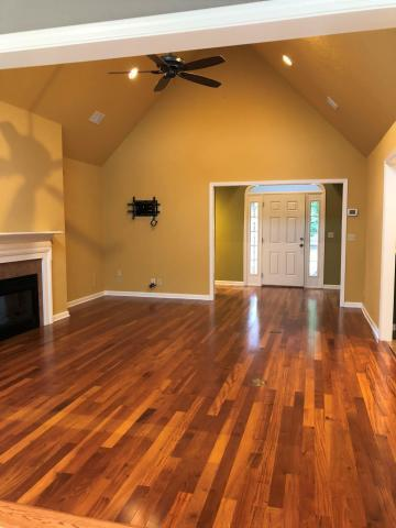 Large photo 5 of home for sale at 692 Bayview Circle, Knoxville, AR