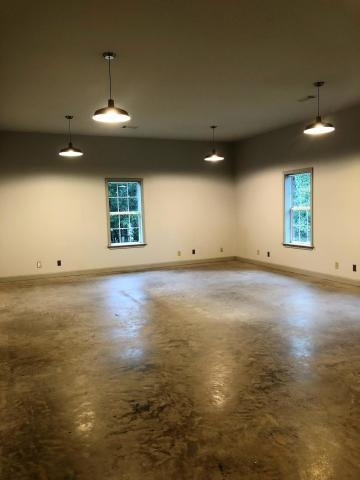 Large photo 20 of home for sale at 692 Bayview Circle, Knoxville, AR