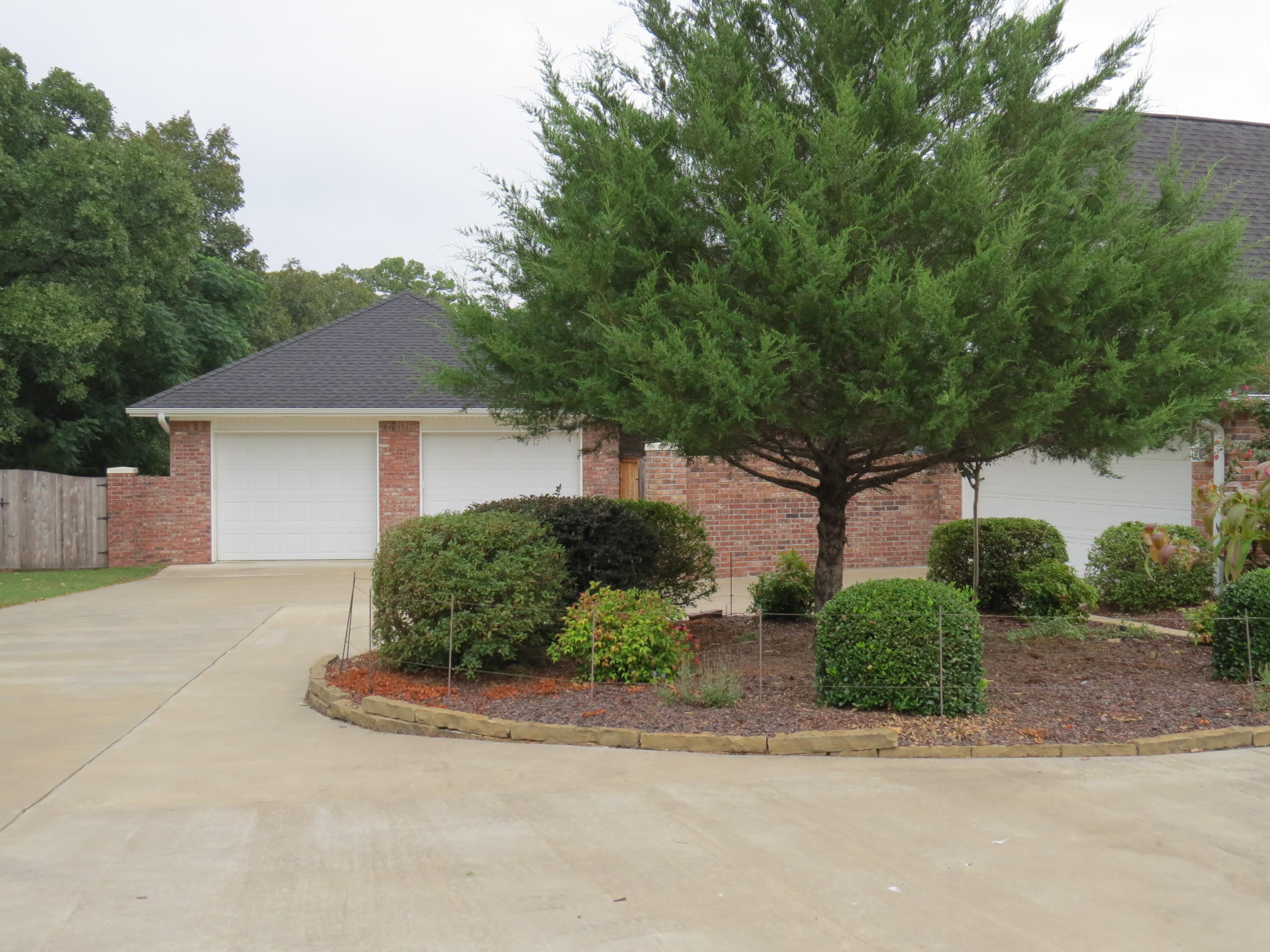 Large photo 26 of home for sale at 692 Bayview Circle, Knoxville, AR