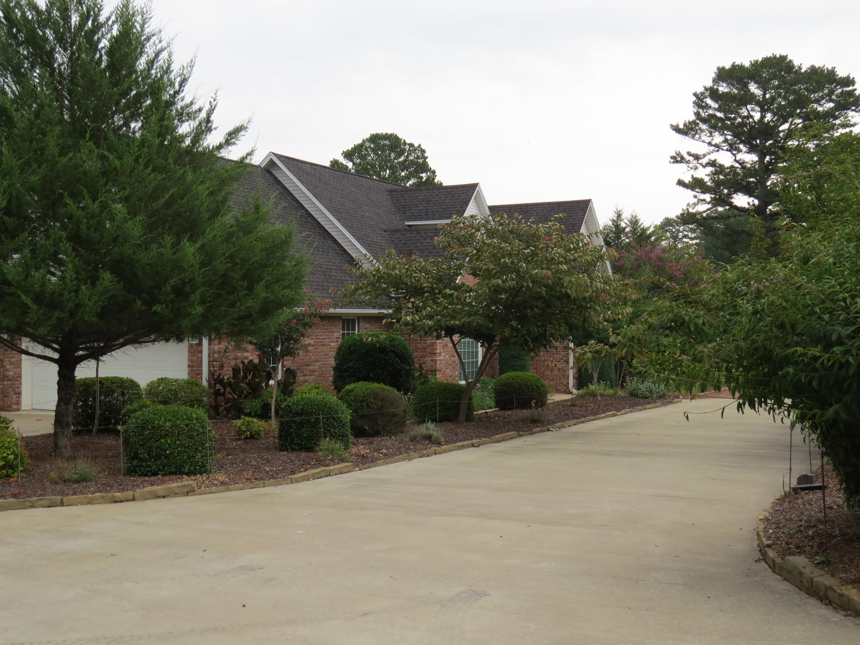 Large photo 27 of home for sale at 692 Bayview Circle, Knoxville, AR