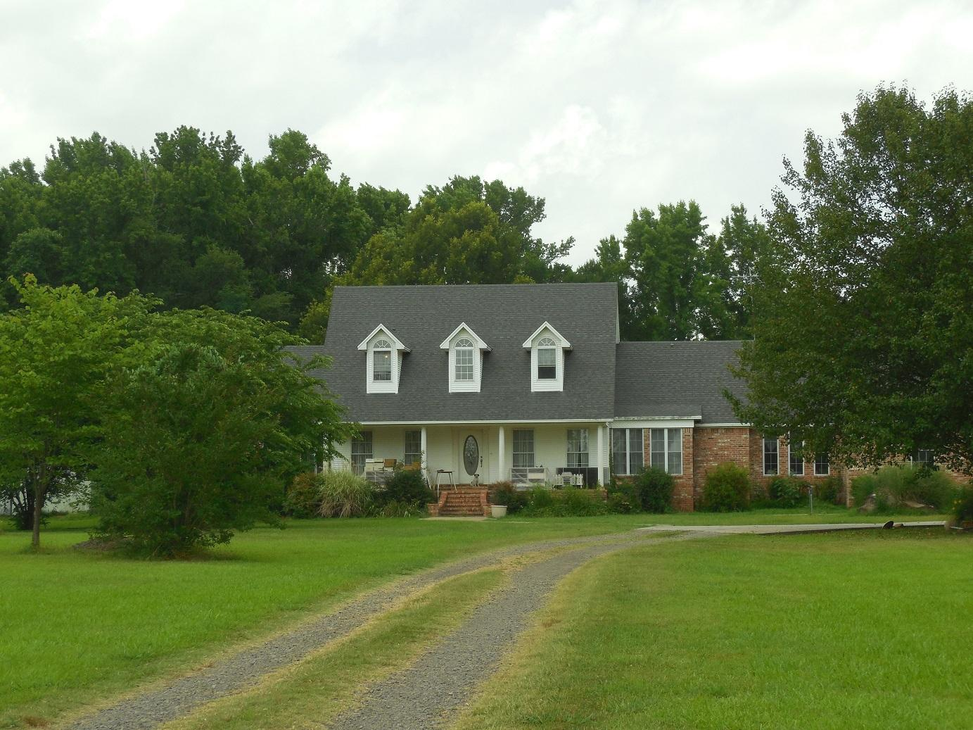 Large photo 3 of home for sale at 11878 Gum Springs Road, Dardanelle, AR