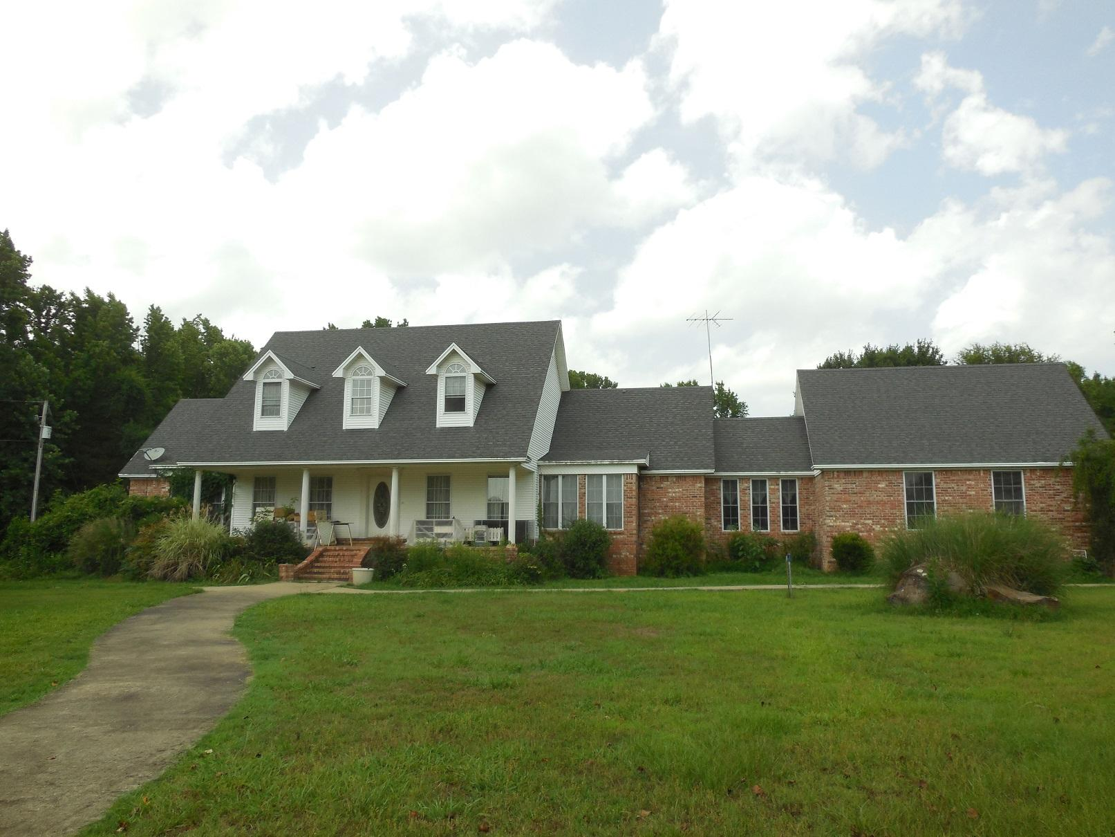 Large photo 4 of home for sale at 11878 Gum Springs Road, Dardanelle, AR