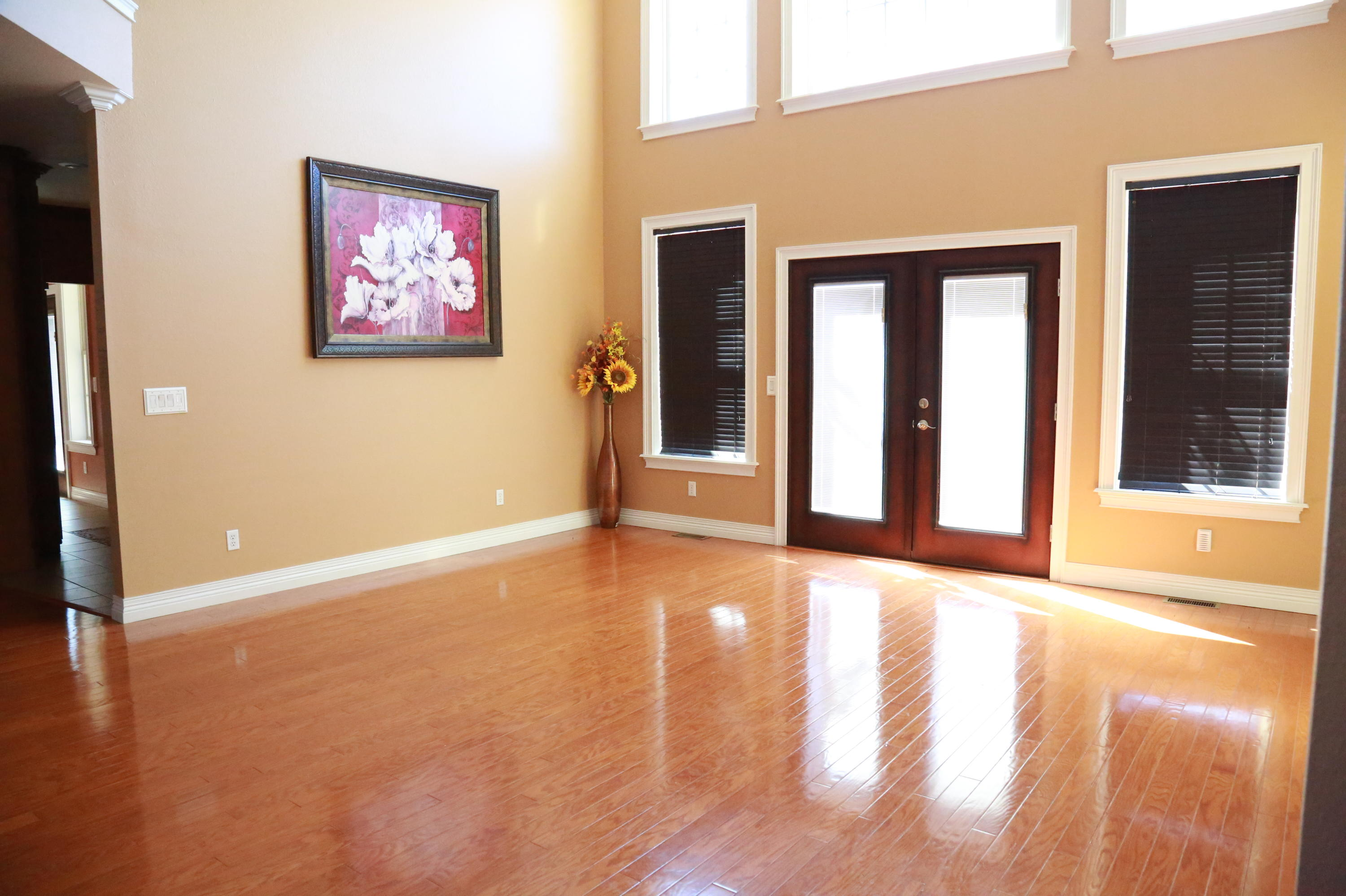 Large photo 4 of home for sale at 5 Heather Oaks Way, Clarksville, AR