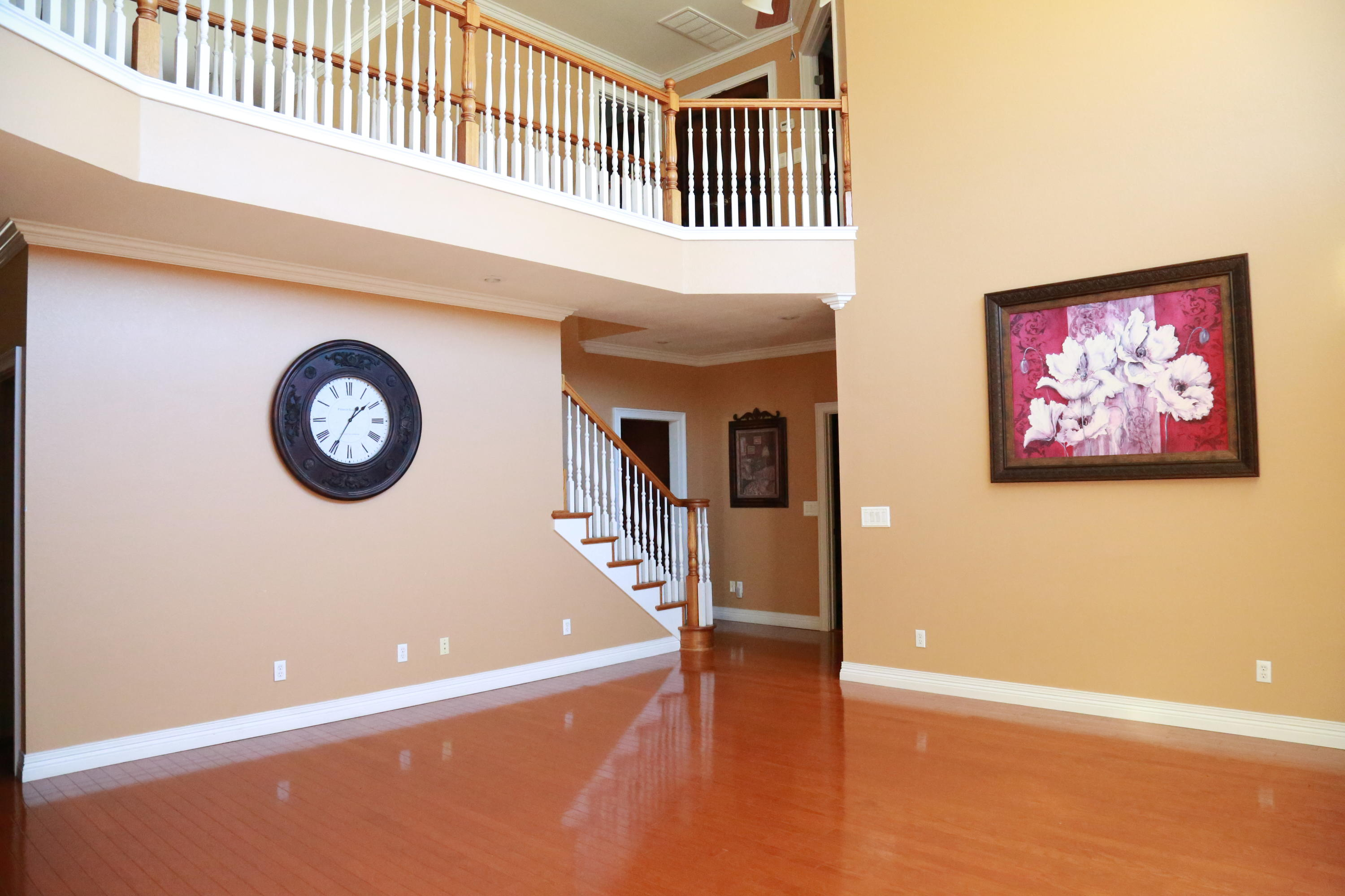 Large photo 5 of home for sale at 5 Heather Oaks Way, Clarksville, AR
