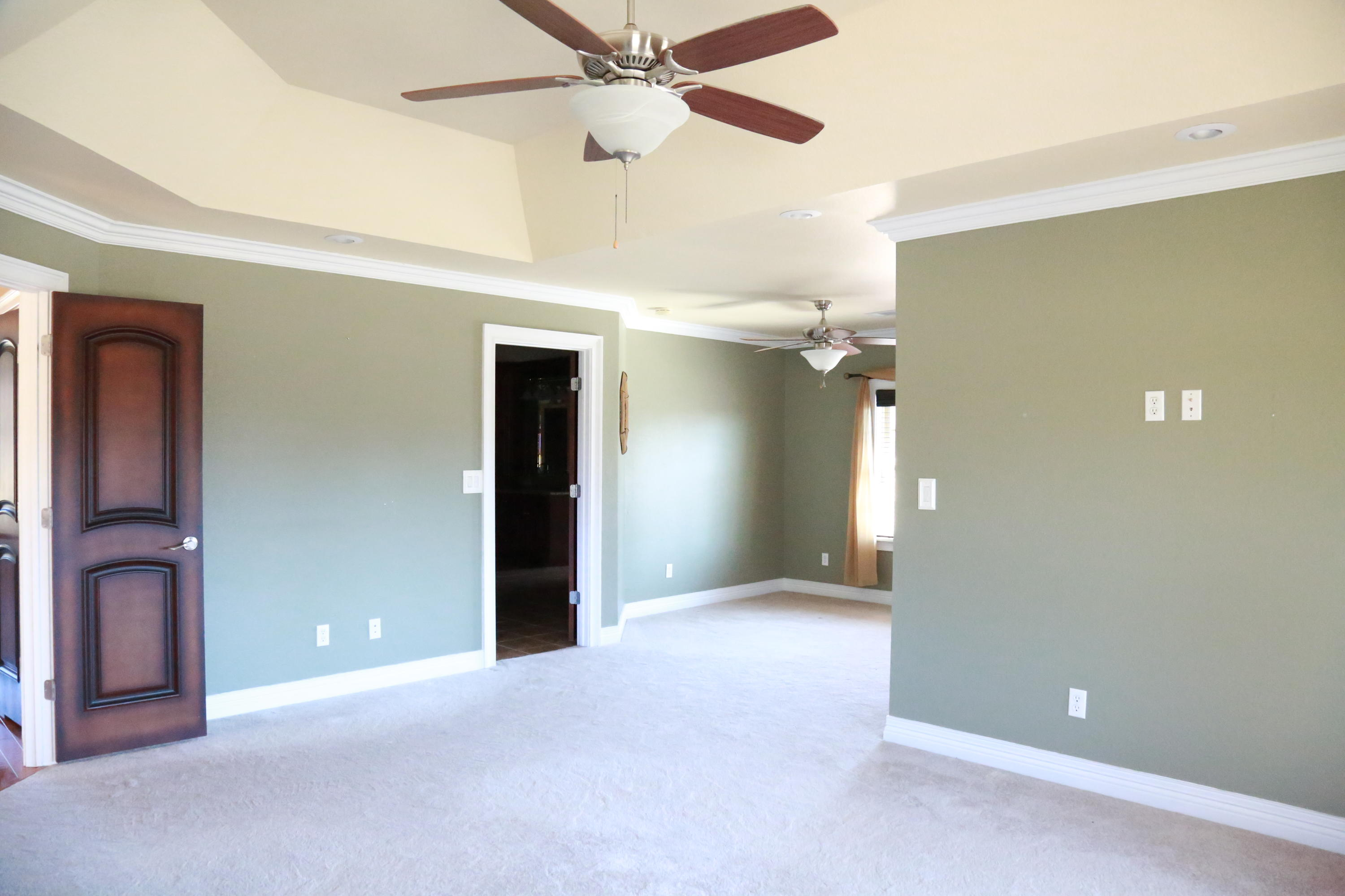 Large photo 28 of home for sale at 5 Heather Oaks Way, Clarksville, AR