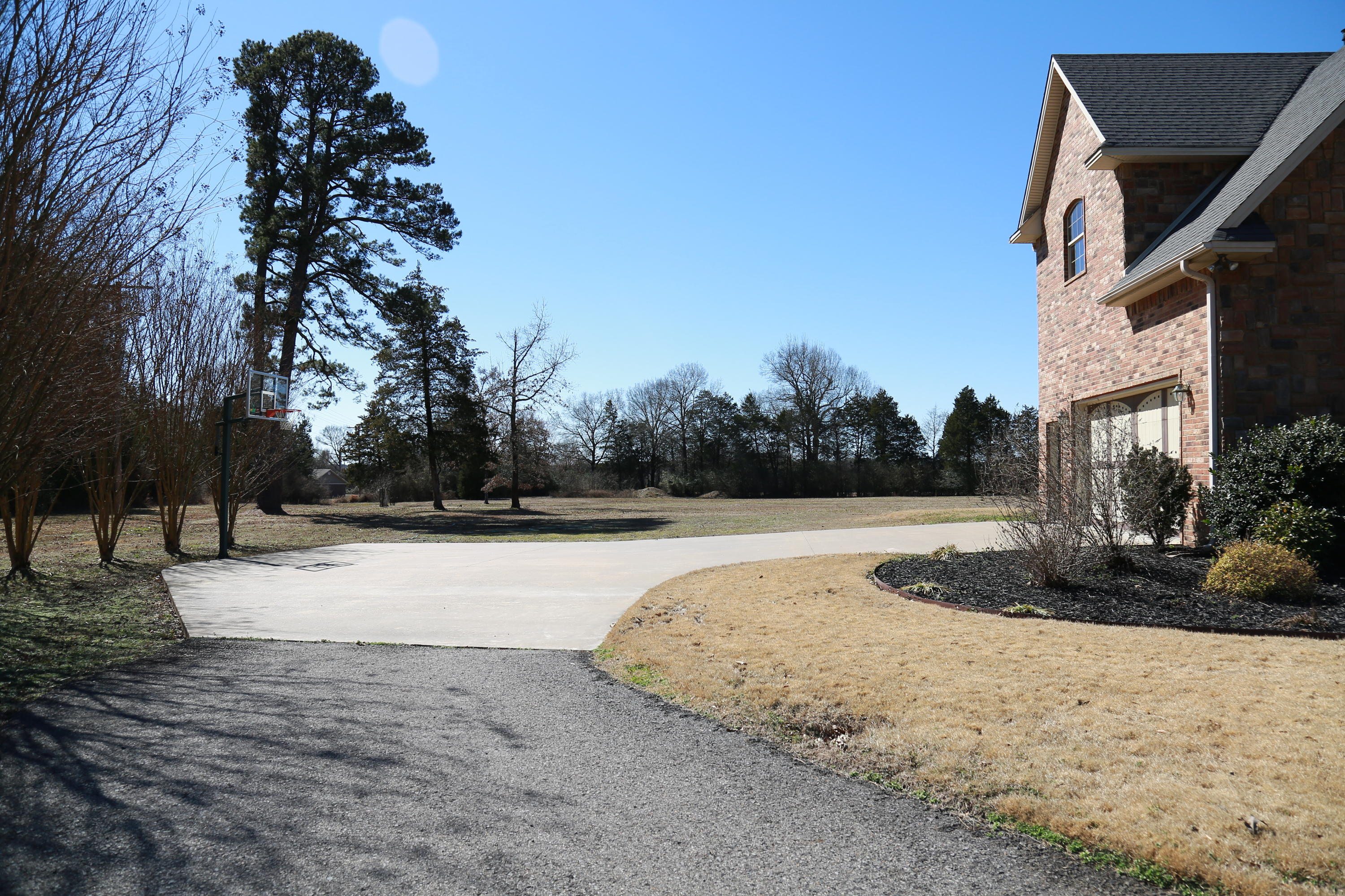 Large photo 47 of home for sale at 5 Heather Oaks Way, Clarksville, AR