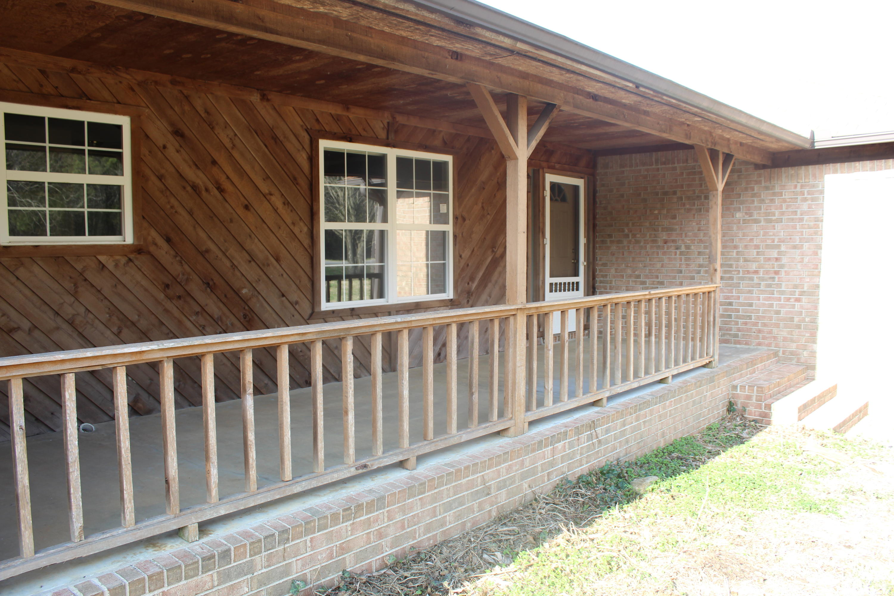 Large photo 1 of home for sale at 14 Sabra Lane, Russellville, AR