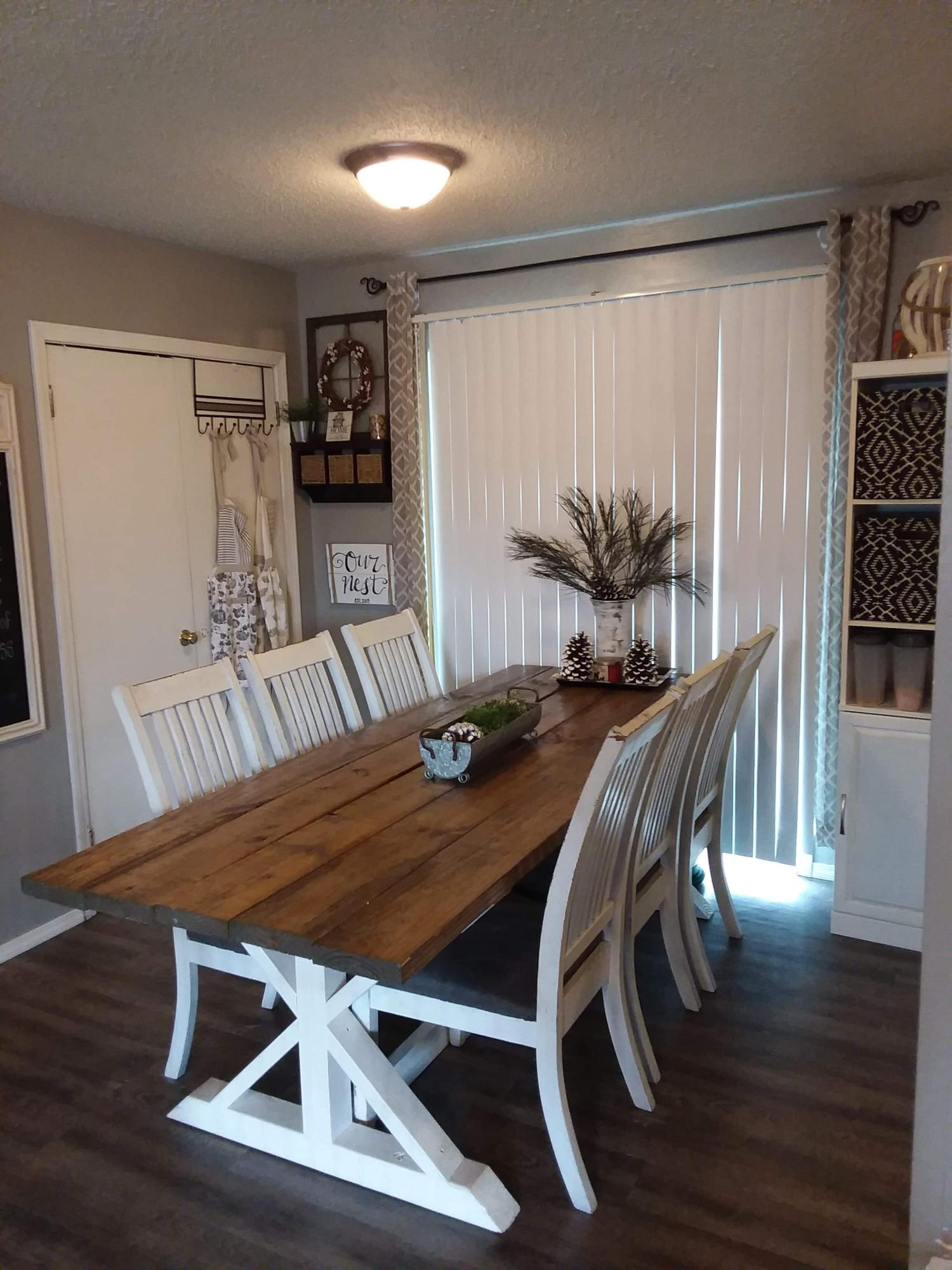 Large photo 15 of home for sale at 1813 12Th Street, Russellville, AR