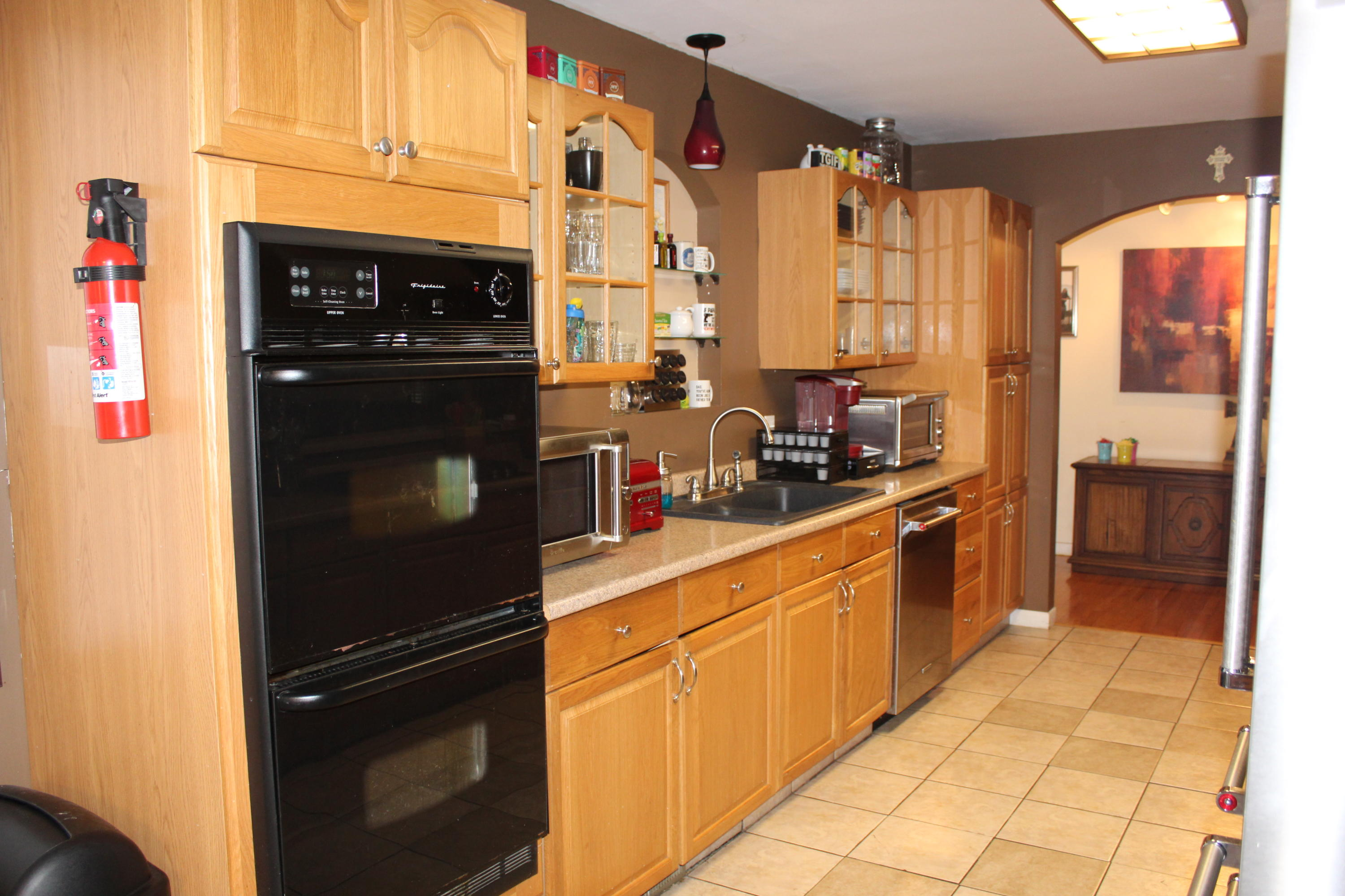 Large photo 8 of home for sale at 1818 3Rd Street, Russellville, AR