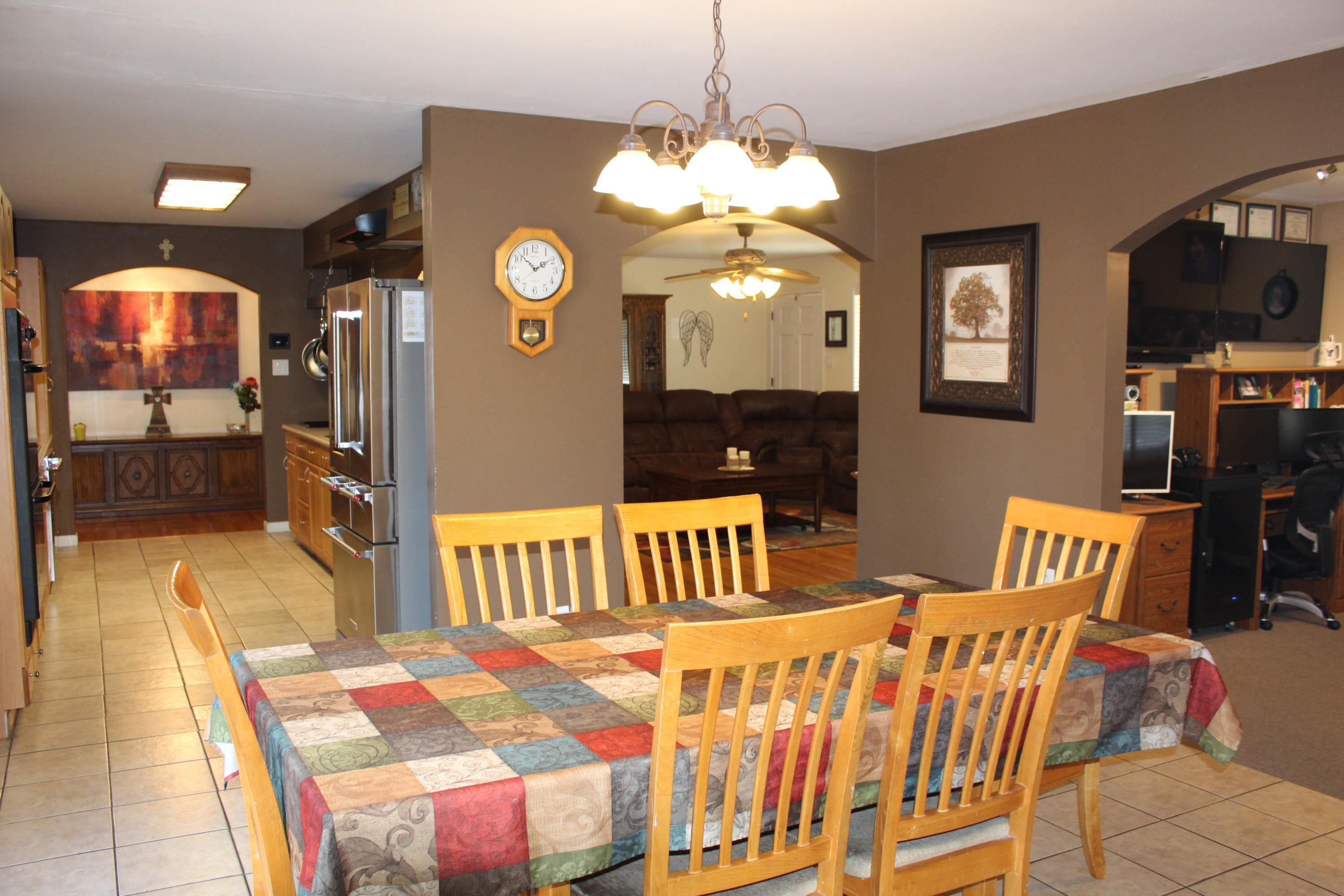 Large photo 9 of home for sale at 1818 3Rd Street, Russellville, AR
