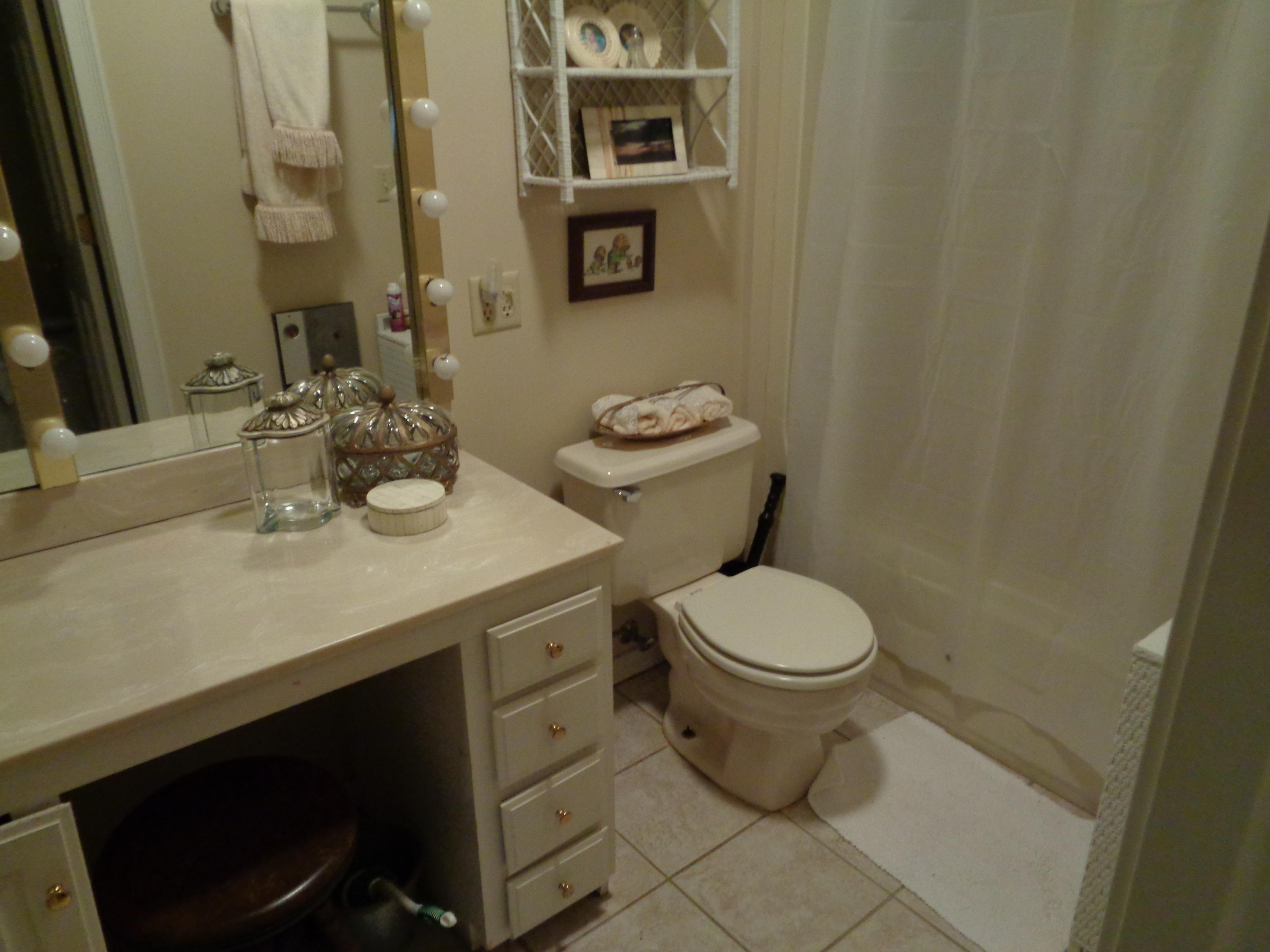 Large photo 15 of home for sale at 833 Sparksford Drive, Russellville, AR