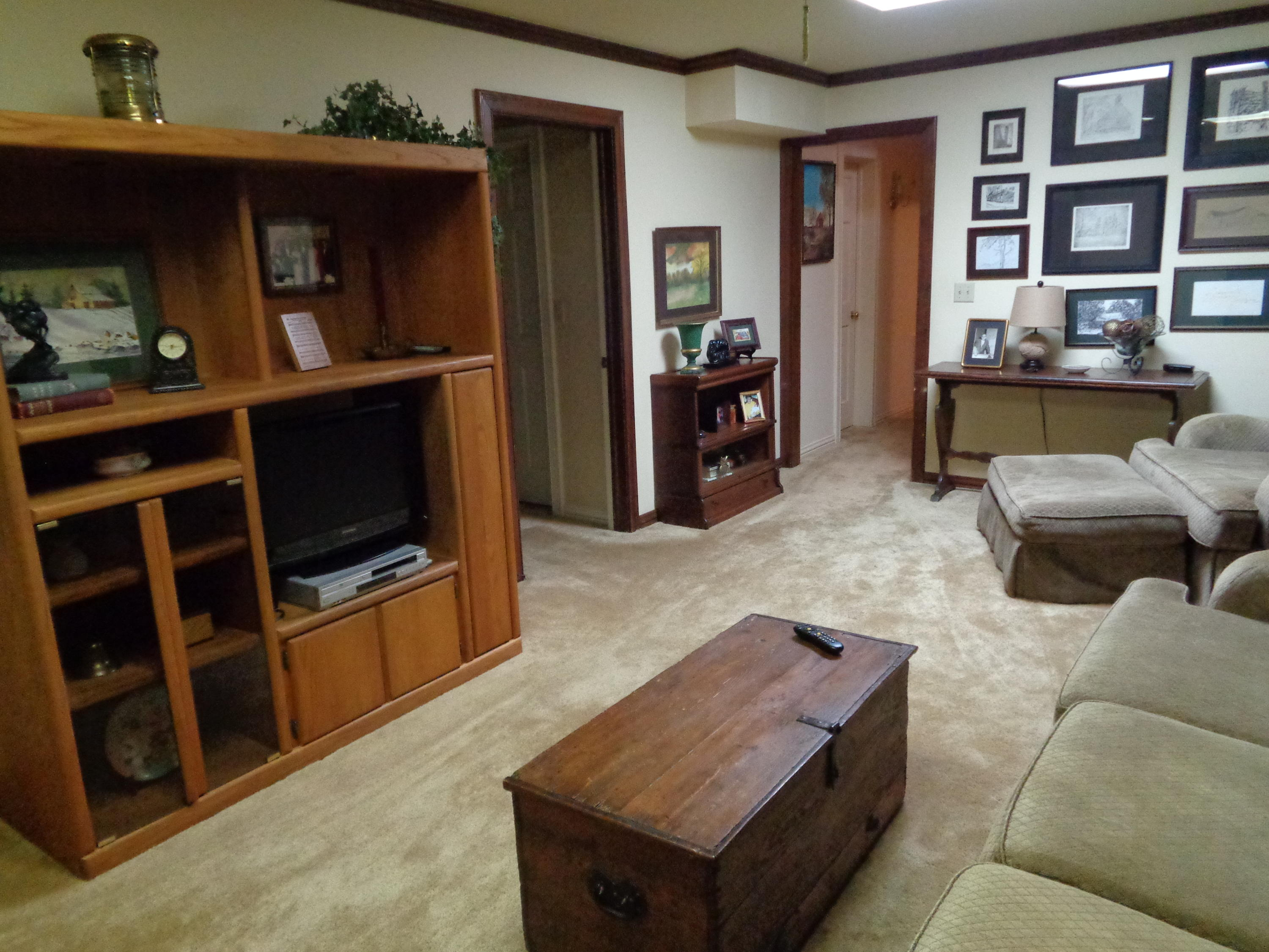 Large photo 10 of home for sale at 833 Sparksford Drive, Russellville, AR