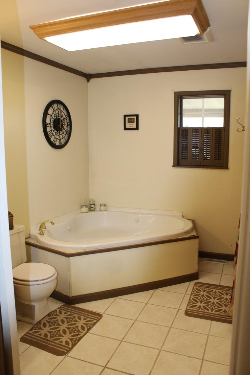 Large photo 23 of home for sale at 1818 3Rd Street, Russellville, AR