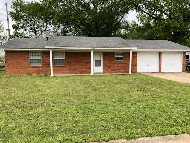 Large photo 1 of home for sale at 1328 Sidney Avenue, Russellville, AR