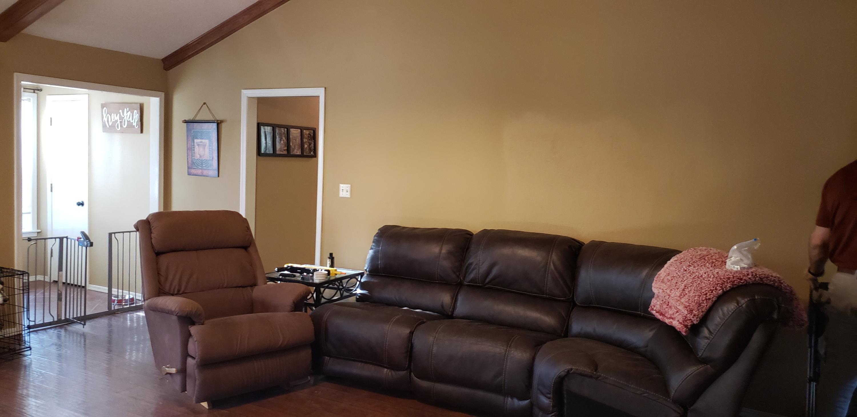 Large photo 4 of Van Buren home for sale at 2100 Woodwind Way, Van Buren, AR