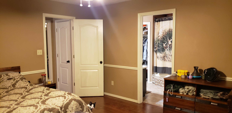 Large photo 10 of Van Buren home for sale at 2100 Woodwind Way, Van Buren, AR