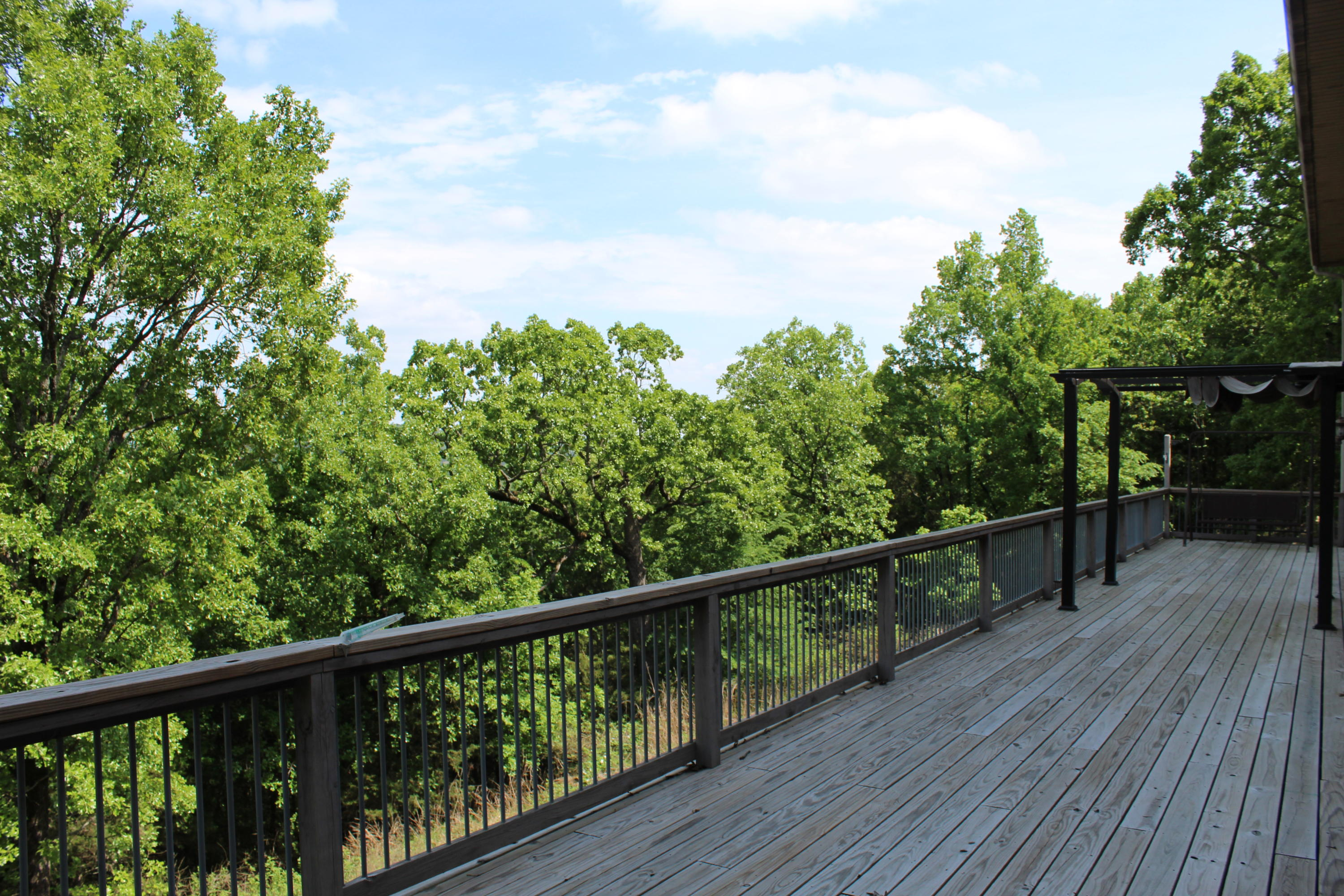 Large photo 11 of home for sale at 220 Rolling River Lane, Russellville, AR