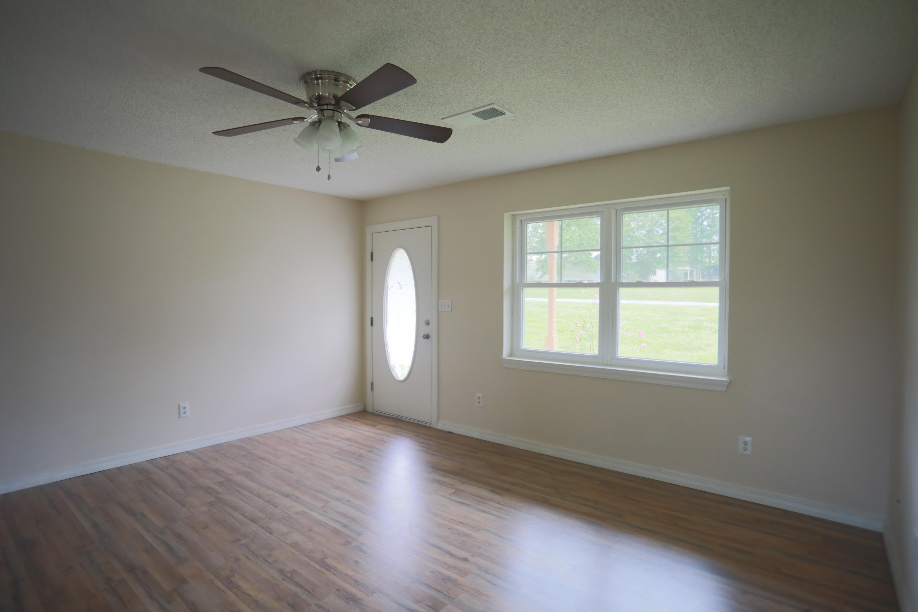 Large photo 2 of home for sale at 6005 River Road, Pottsville, AR