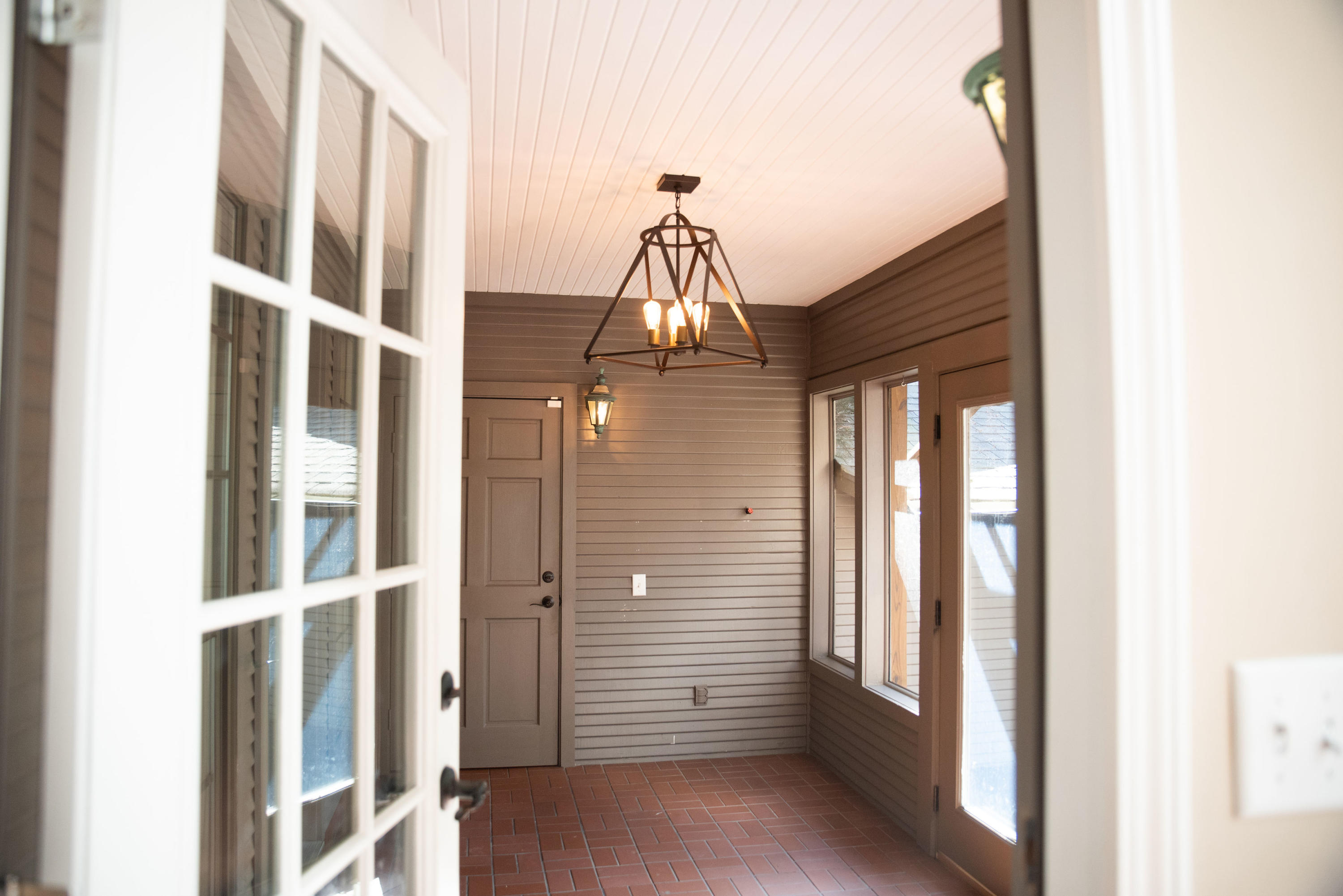 Large photo 15 of home for sale at 1414 Lands End N , Russellville, AR