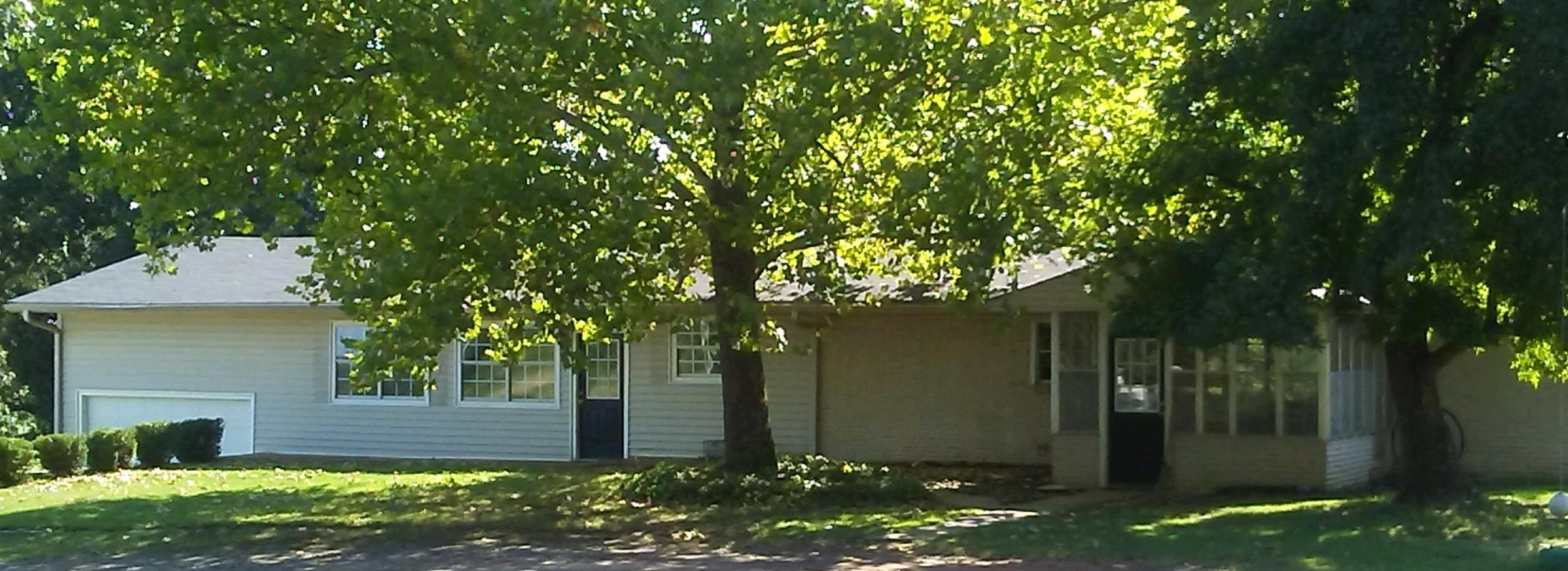 Large photo 2 of home for sale at 610 Ray Road, Clarksville, AR