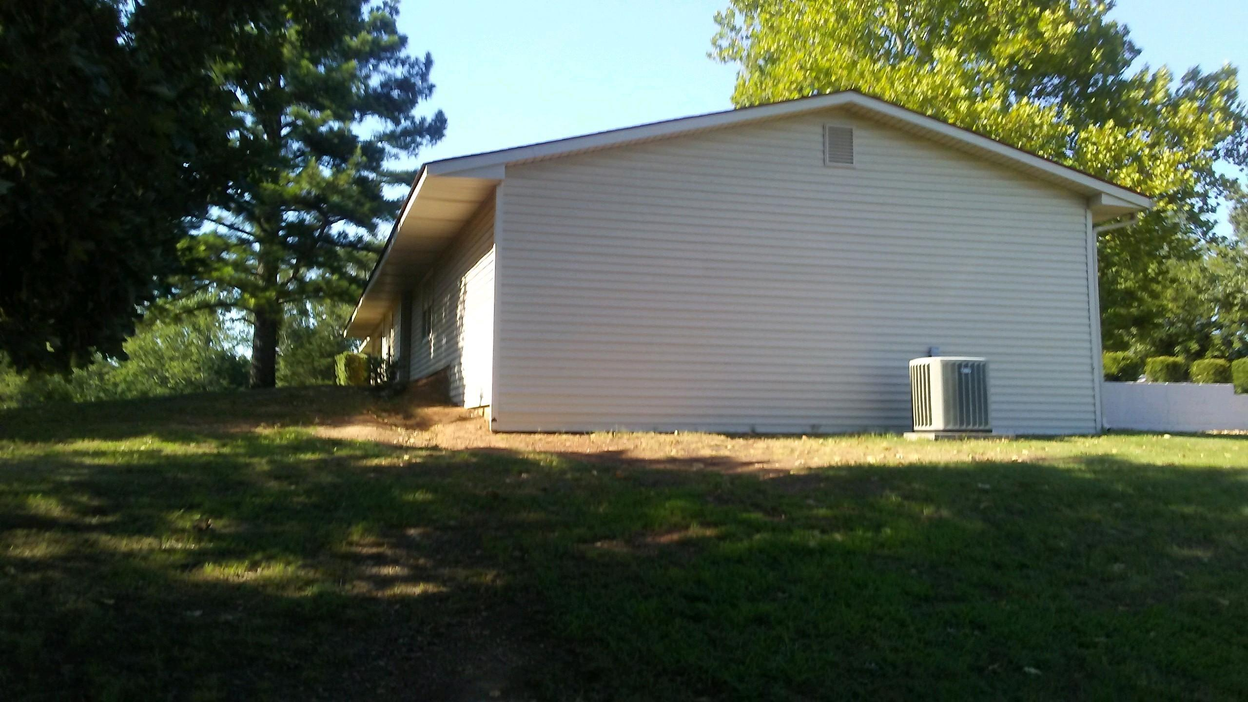 Large photo 11 of home for sale at 610 Ray Road, Clarksville, AR