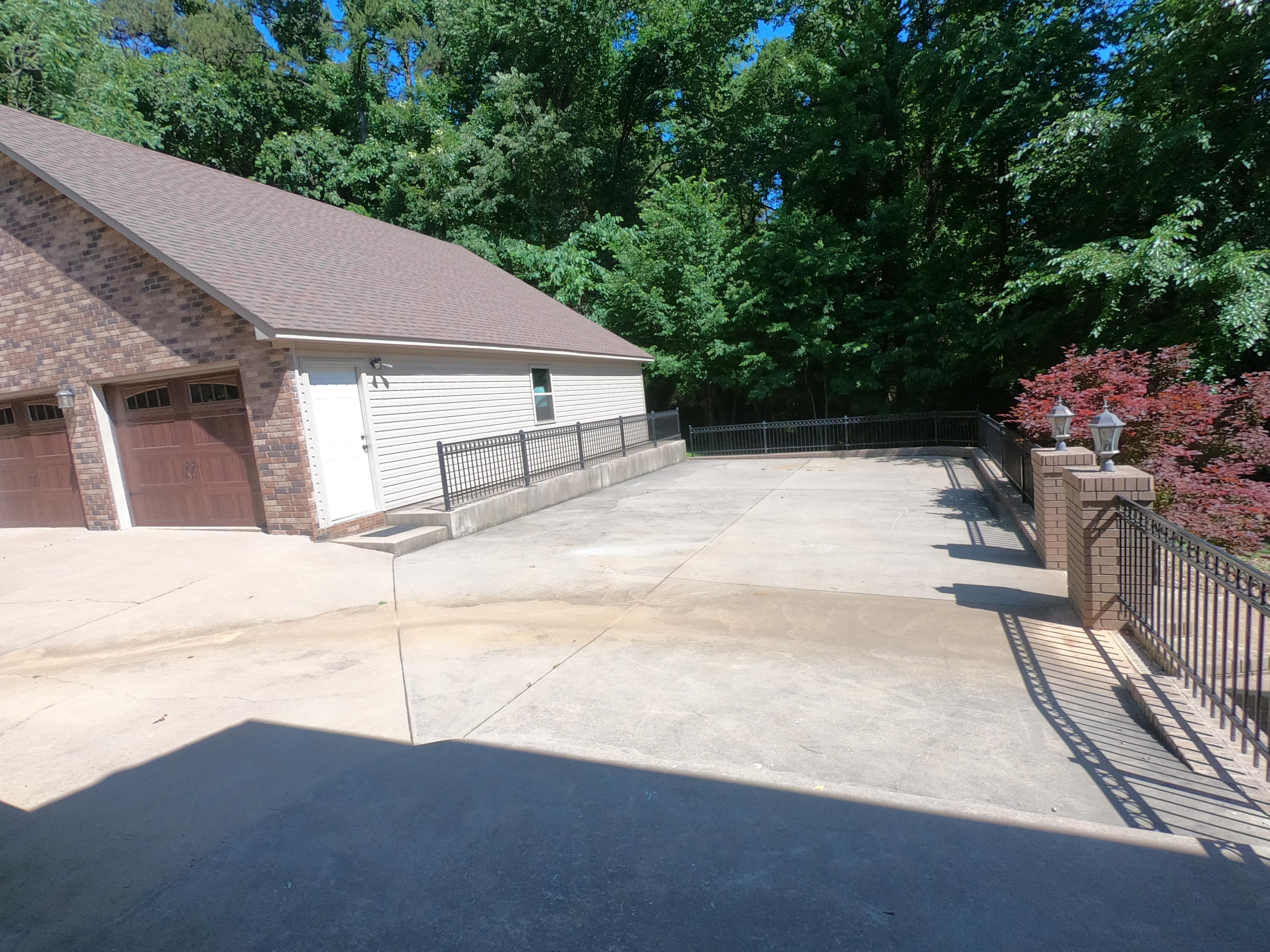 Large photo 82 of home for sale at 208 Craigwood Circle, Russellville, AR