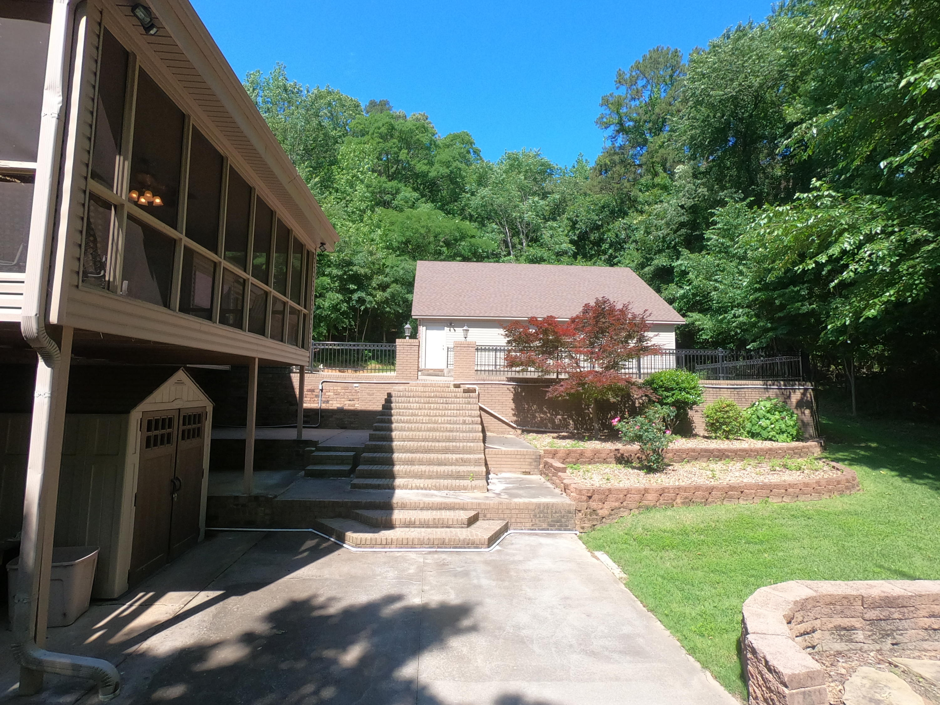 Large photo 70 of home for sale at 208 Craigwood Circle, Russellville, AR