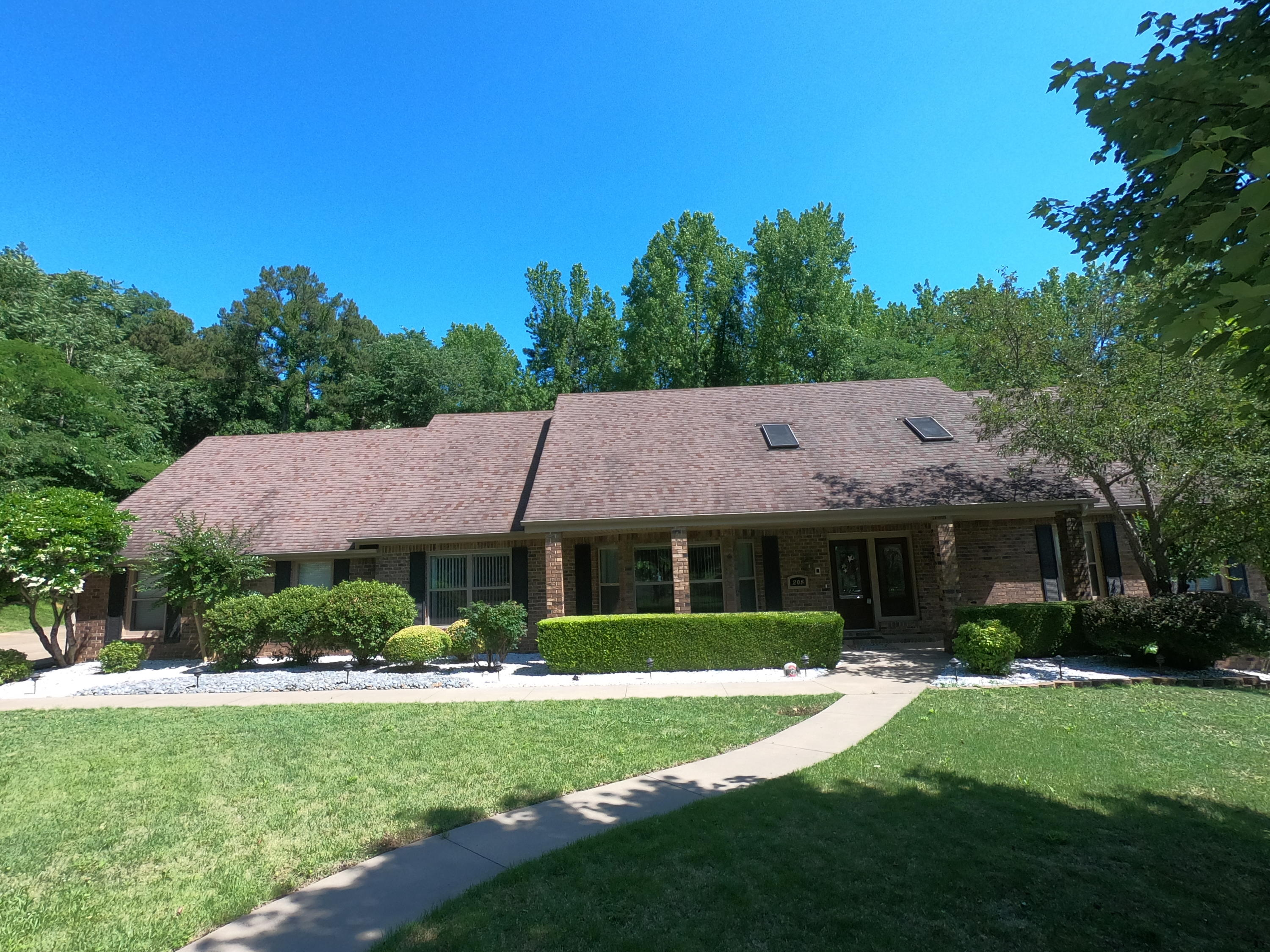 Large photo 83 of home for sale at 208 Craigwood Circle, Russellville, AR
