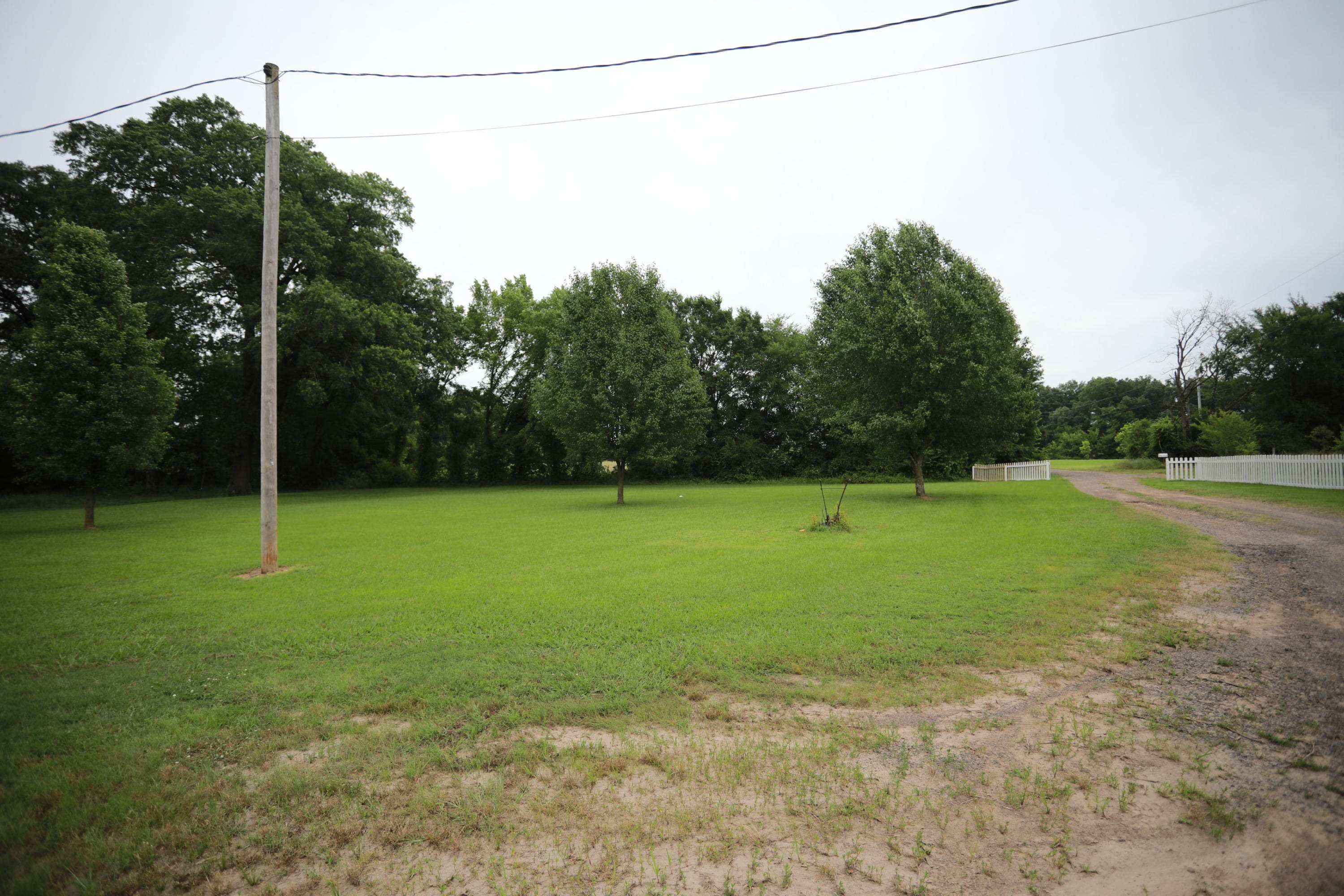 Large photo 4 of home for sale at 10272 Fawn Lane, Danville, AR