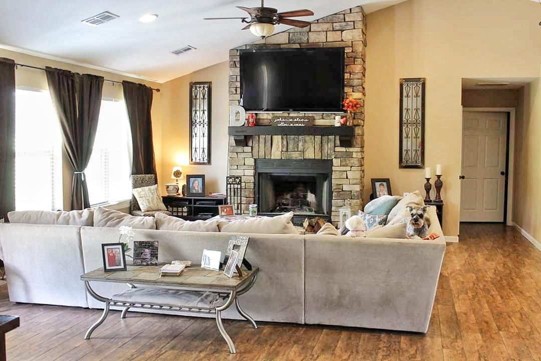 Large photo 17 of home for sale at 12577 Dale Bend Road, Danville, AR