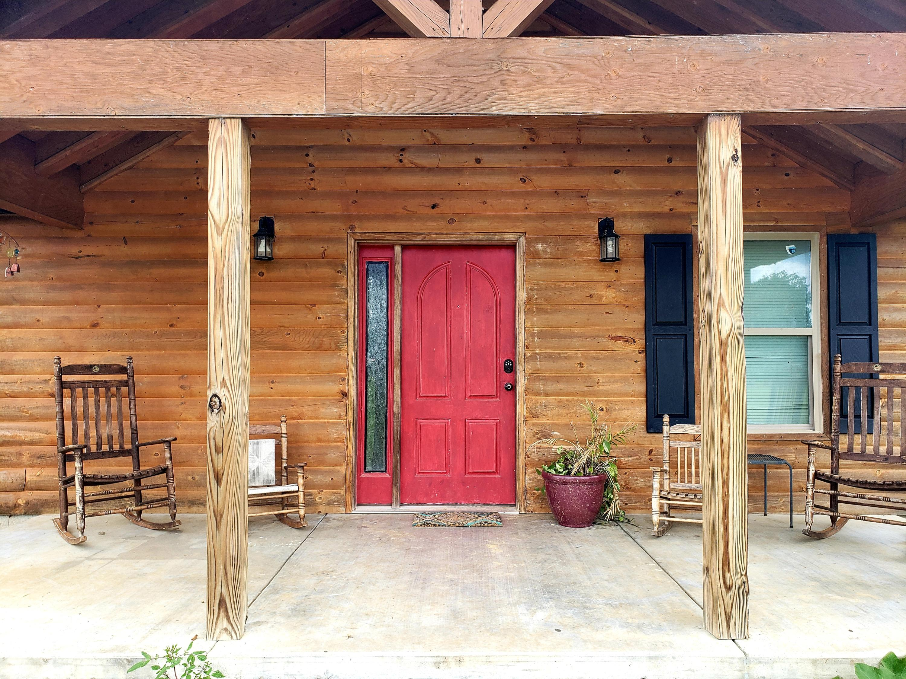 Large photo 10 of home for sale at 12577 Dale Bend Road, Danville, AR