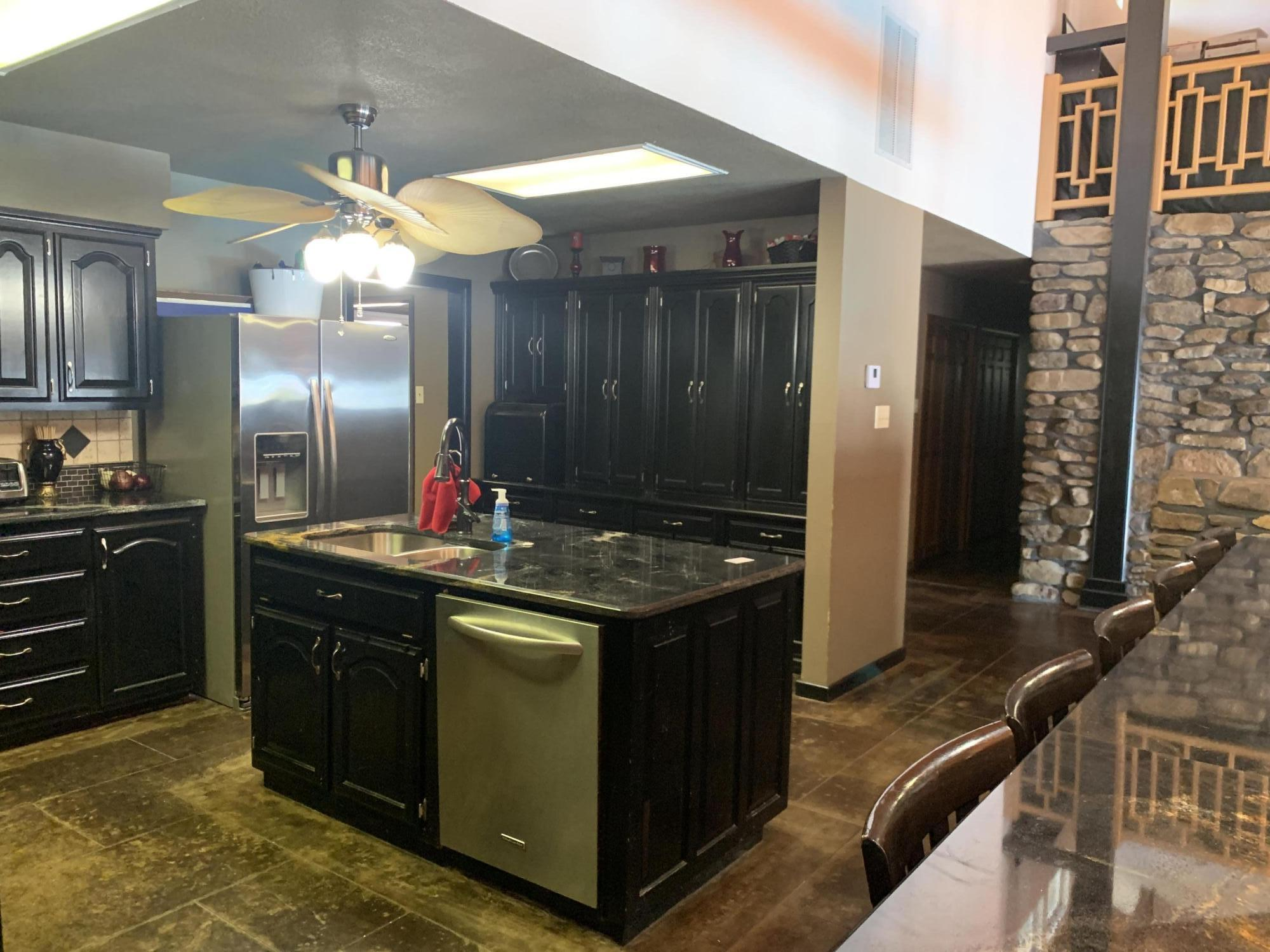 Large photo 19 of home for sale at 567 Round Mountain Road, London, AR