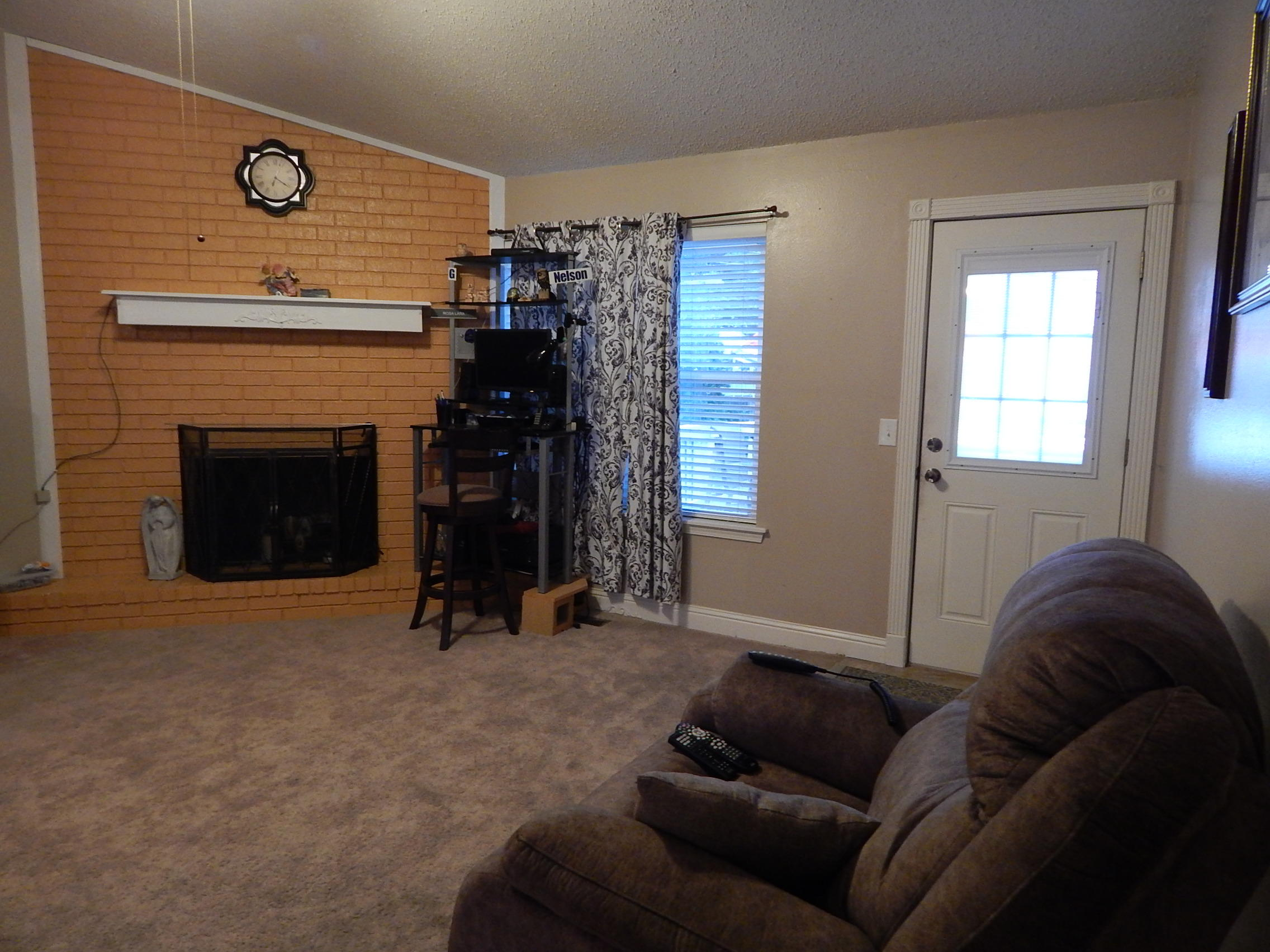 Large photo 16 of home for sale at 208 Heather Lane, Russellville, AR