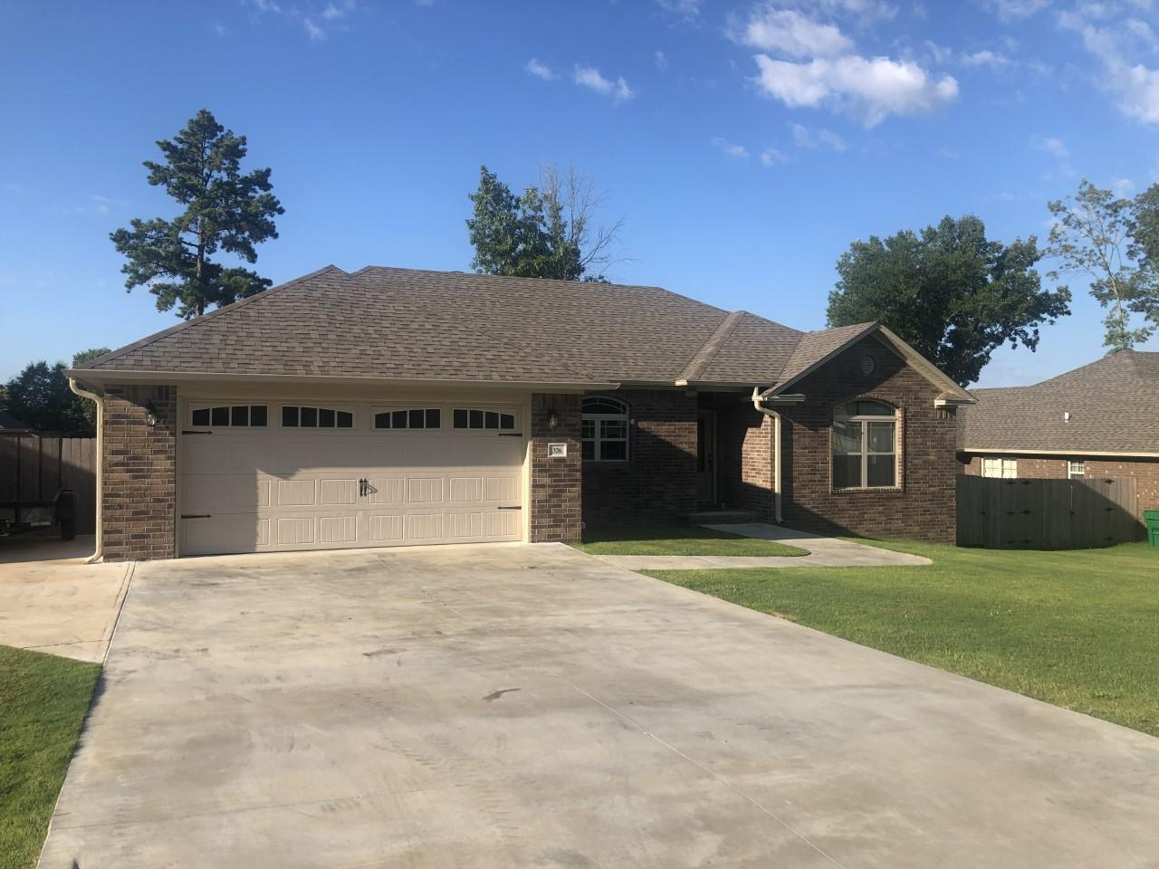 Large photo 2 of home for sale at 326 Redwood Lane, Russellville, AR