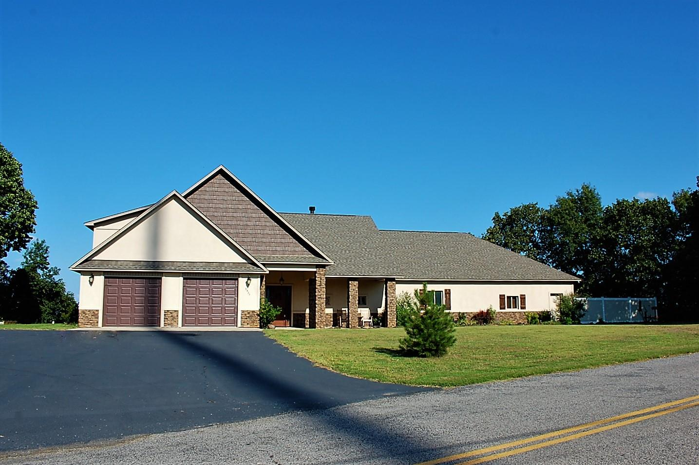 Large photo 29 of home for sale at 3975 Hudson Road, Russellville, AR