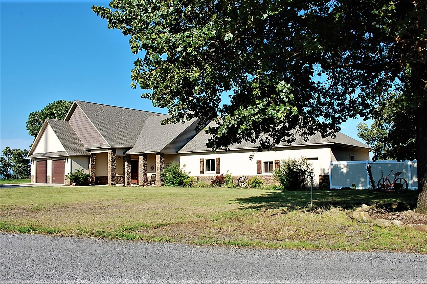 Large photo 31 of home for sale at 3975 Hudson Road, Russellville, AR