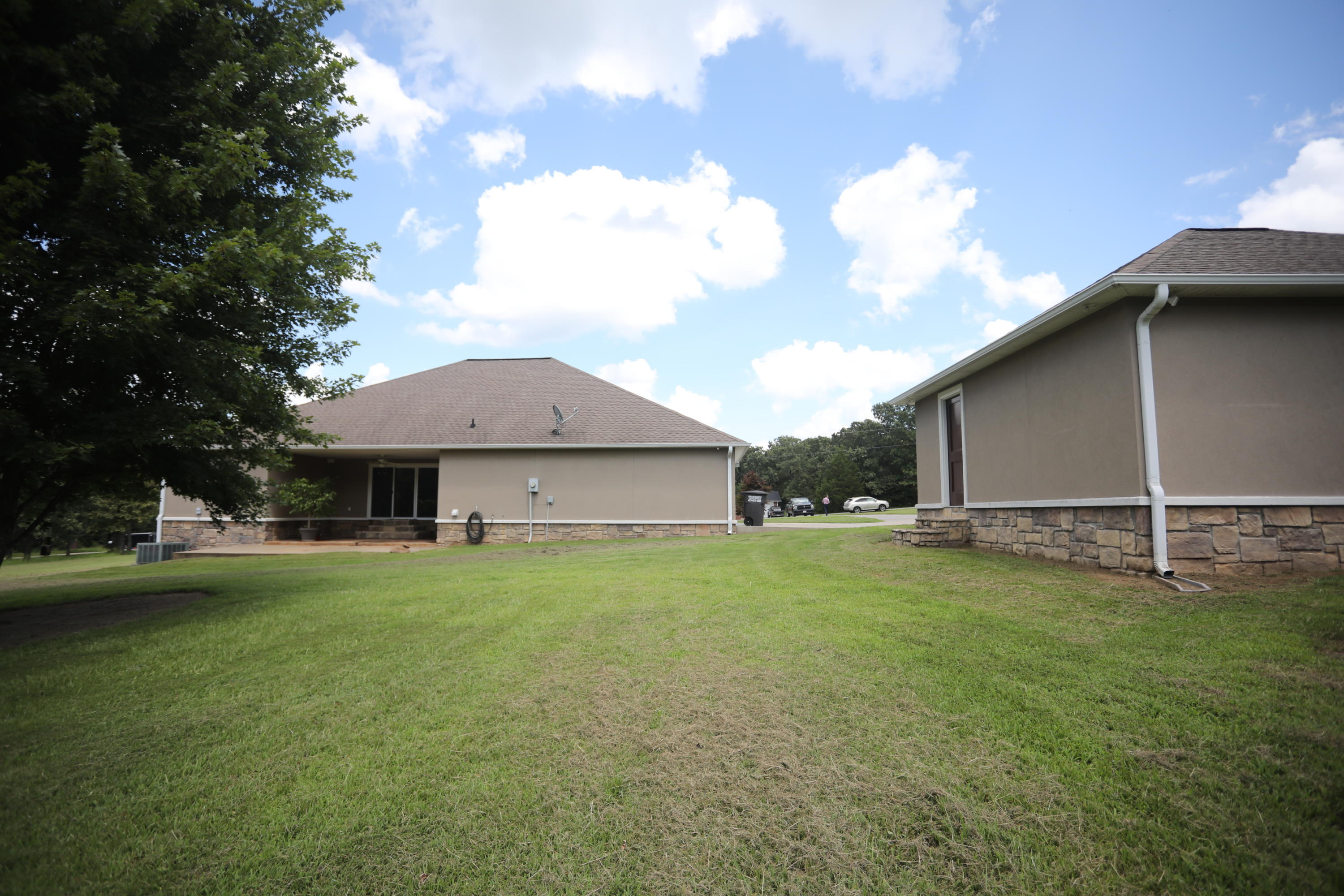 Large photo 20 of home for sale at 50 Piney Point Court, Pottsville, AR