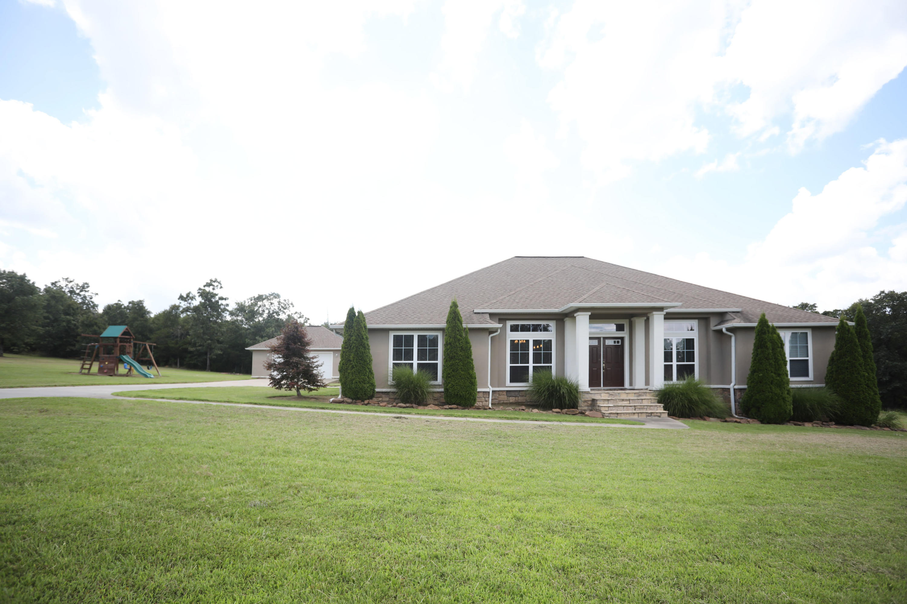 Large photo 1 of home for sale at 50 Piney Point Court, Pottsville, AR