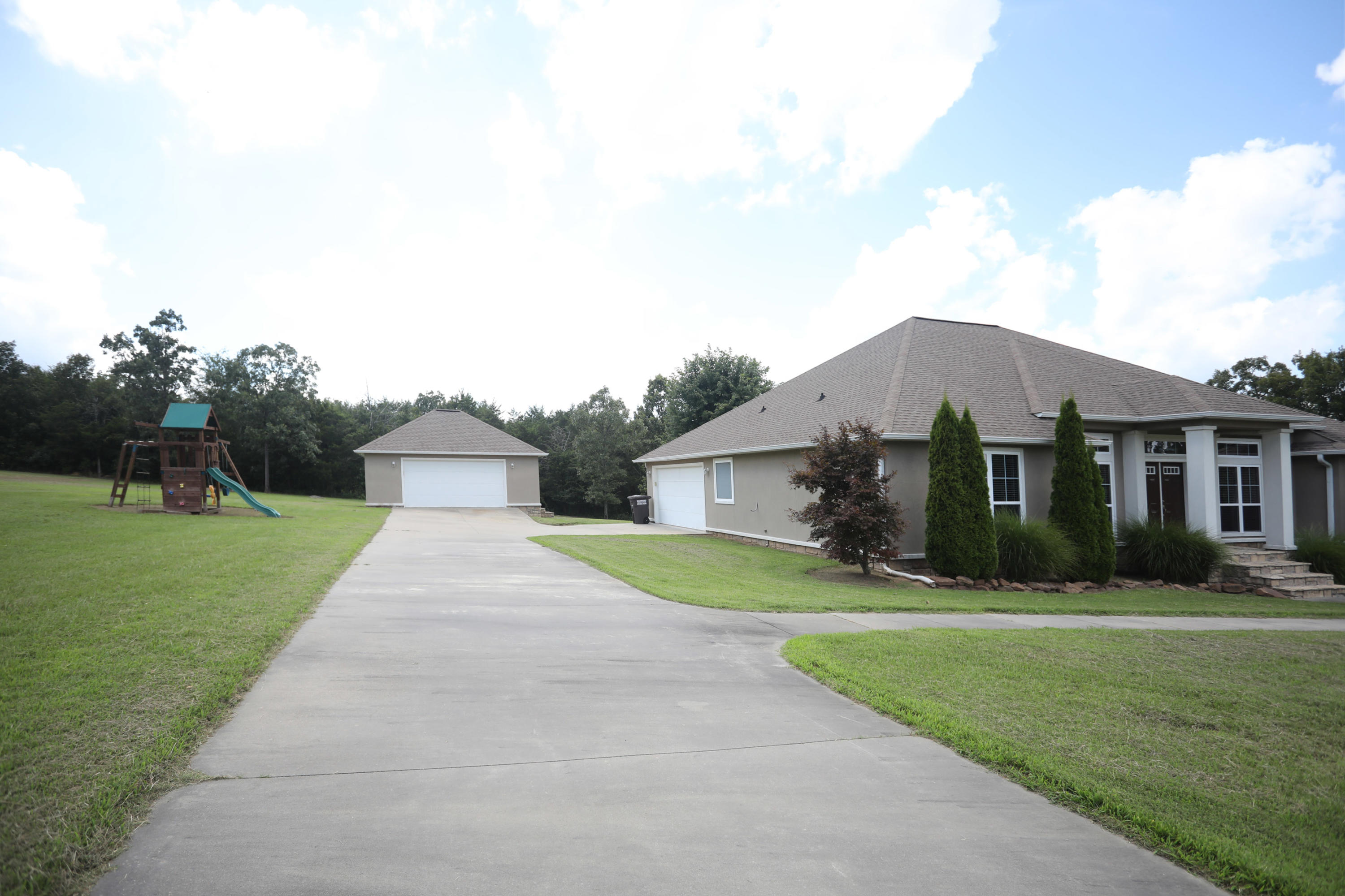 Large photo 23 of home for sale at 50 Piney Point Court, Pottsville, AR