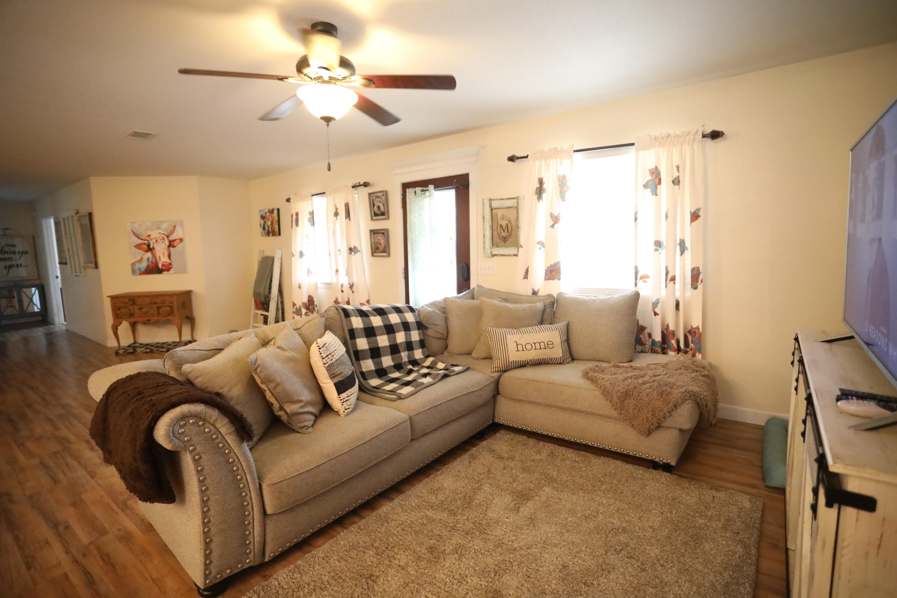 Large photo 4 of home for sale at 15139 N State Hwy 28 , Dardanelle, AR