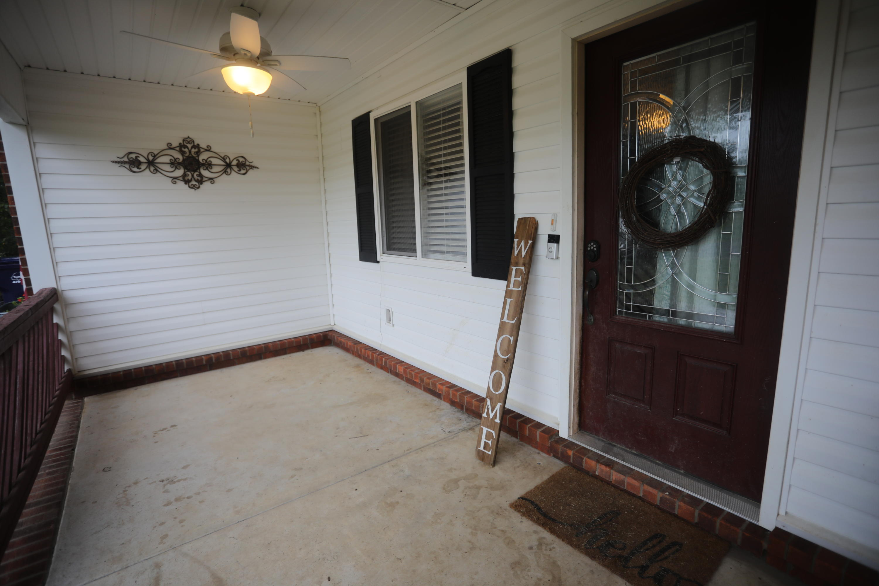 Large photo 36 of home for sale at 15139 N State Hwy 28 , Dardanelle, AR