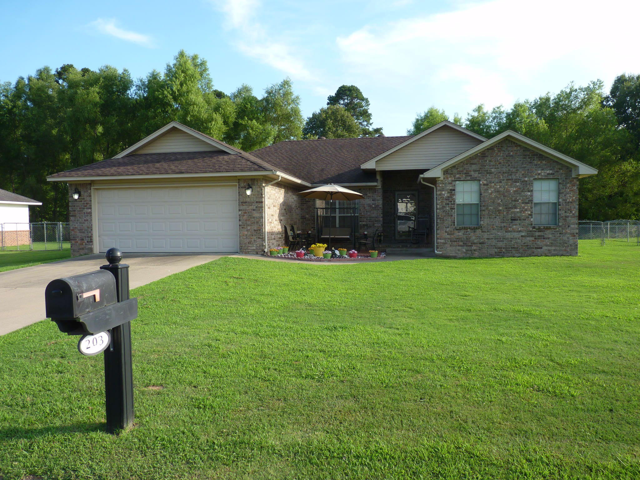 Large photo 1 of home for sale at 203 Willow Creek Drive, Dardanelle, AR