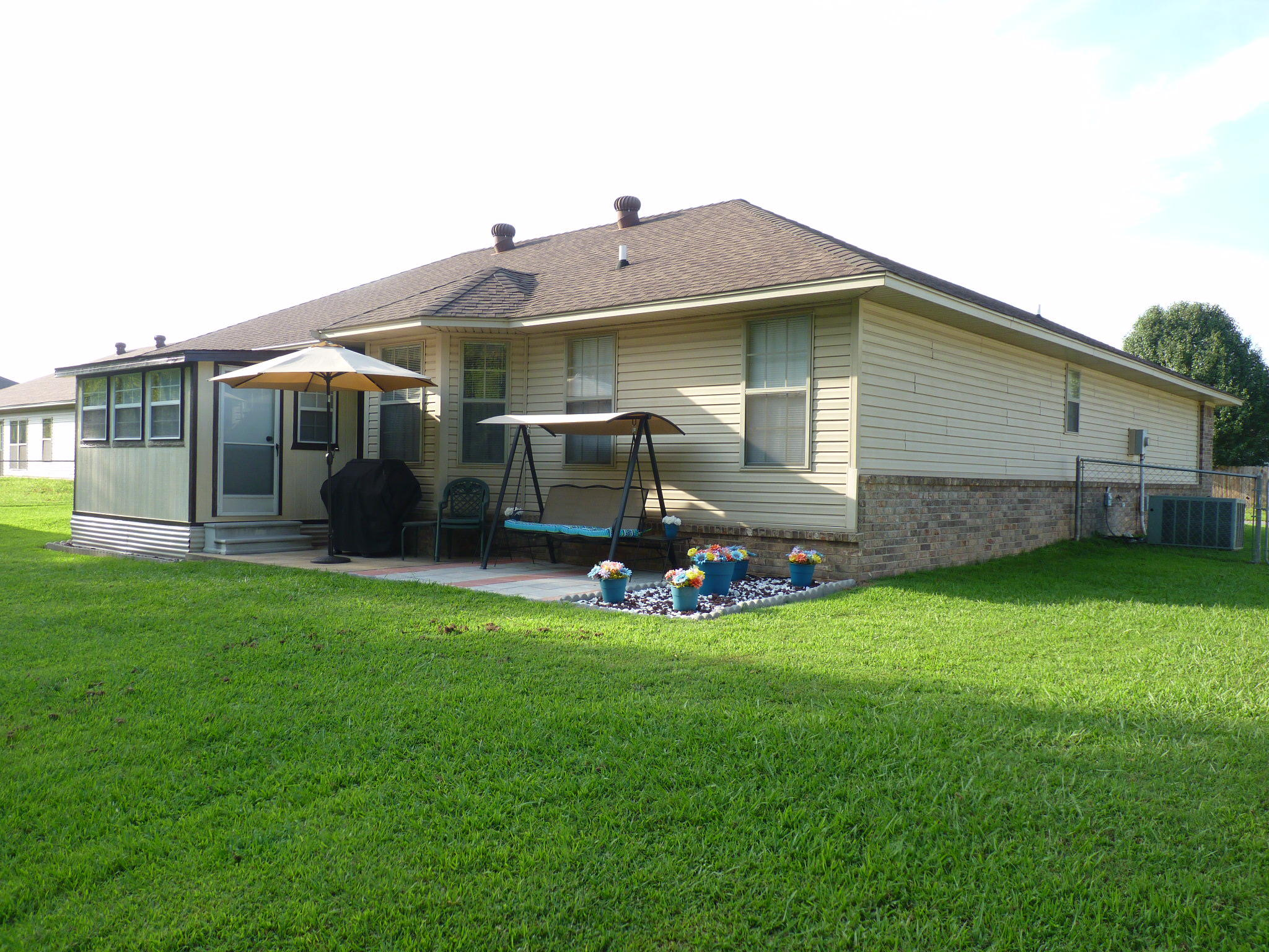 Large photo 3 of home for sale at 203 Willow Creek Drive, Dardanelle, AR