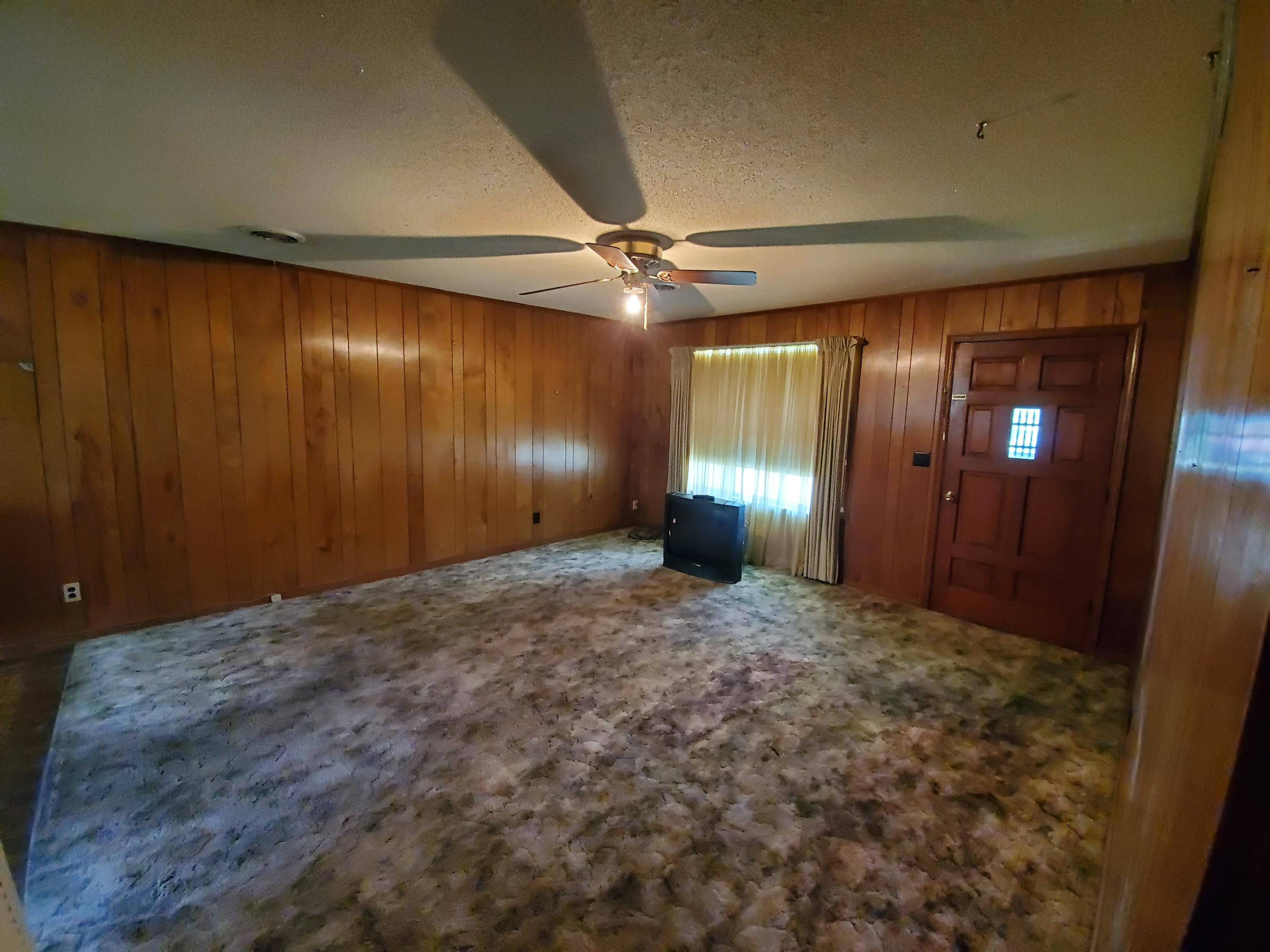Large photo 8 of home for sale at 112 Ozarka Street, Dover, AR