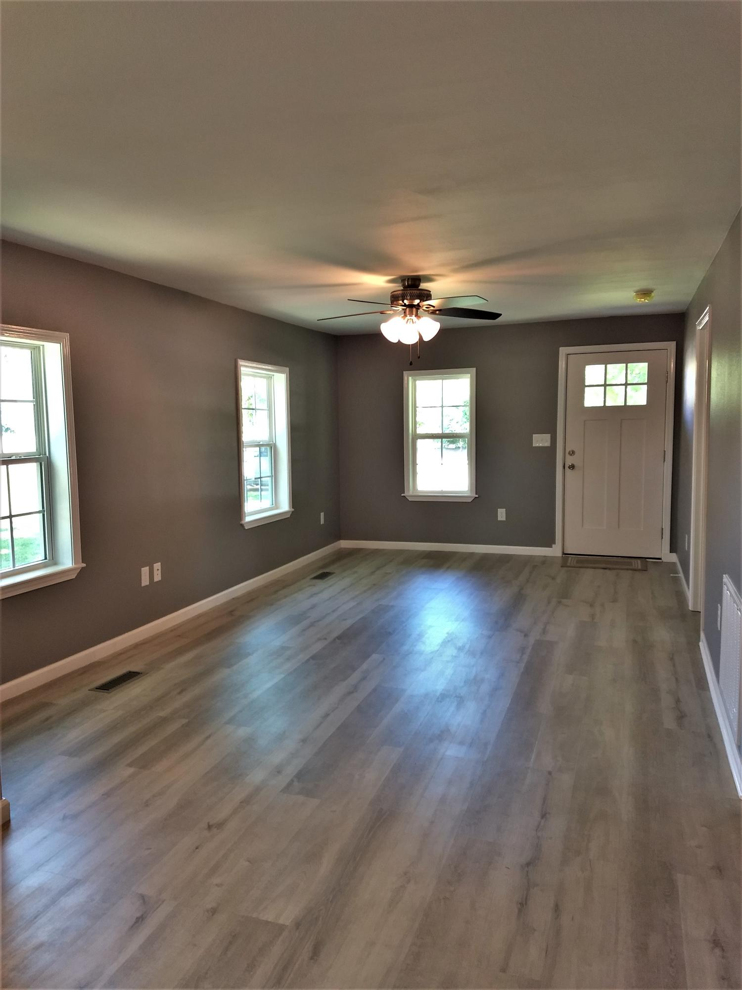 Large photo 3 of Lamar home for sale at 1195 Main Street, Lamar, AR