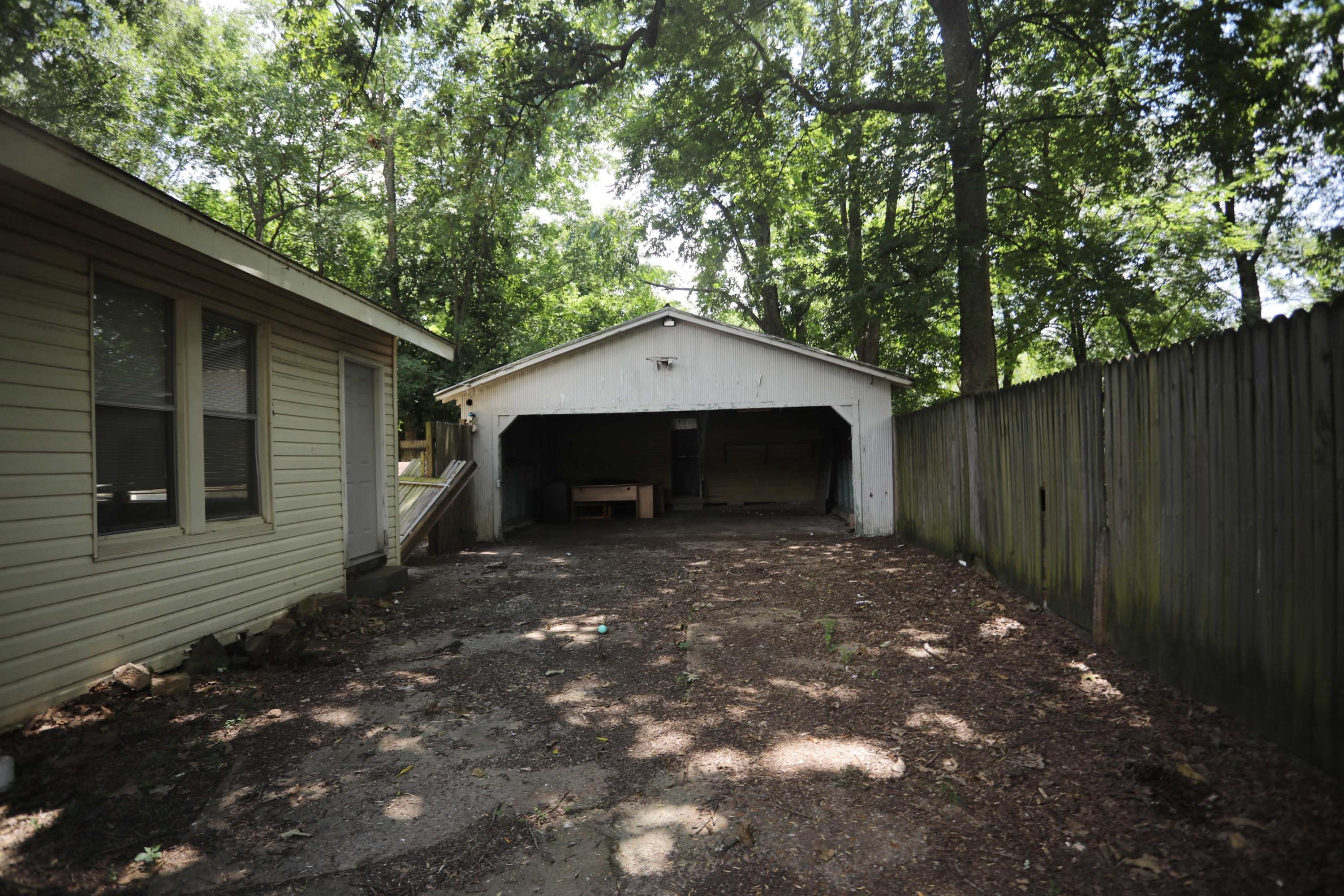 Large photo 15 of home for sale at 205 K Street, Russellville, AR