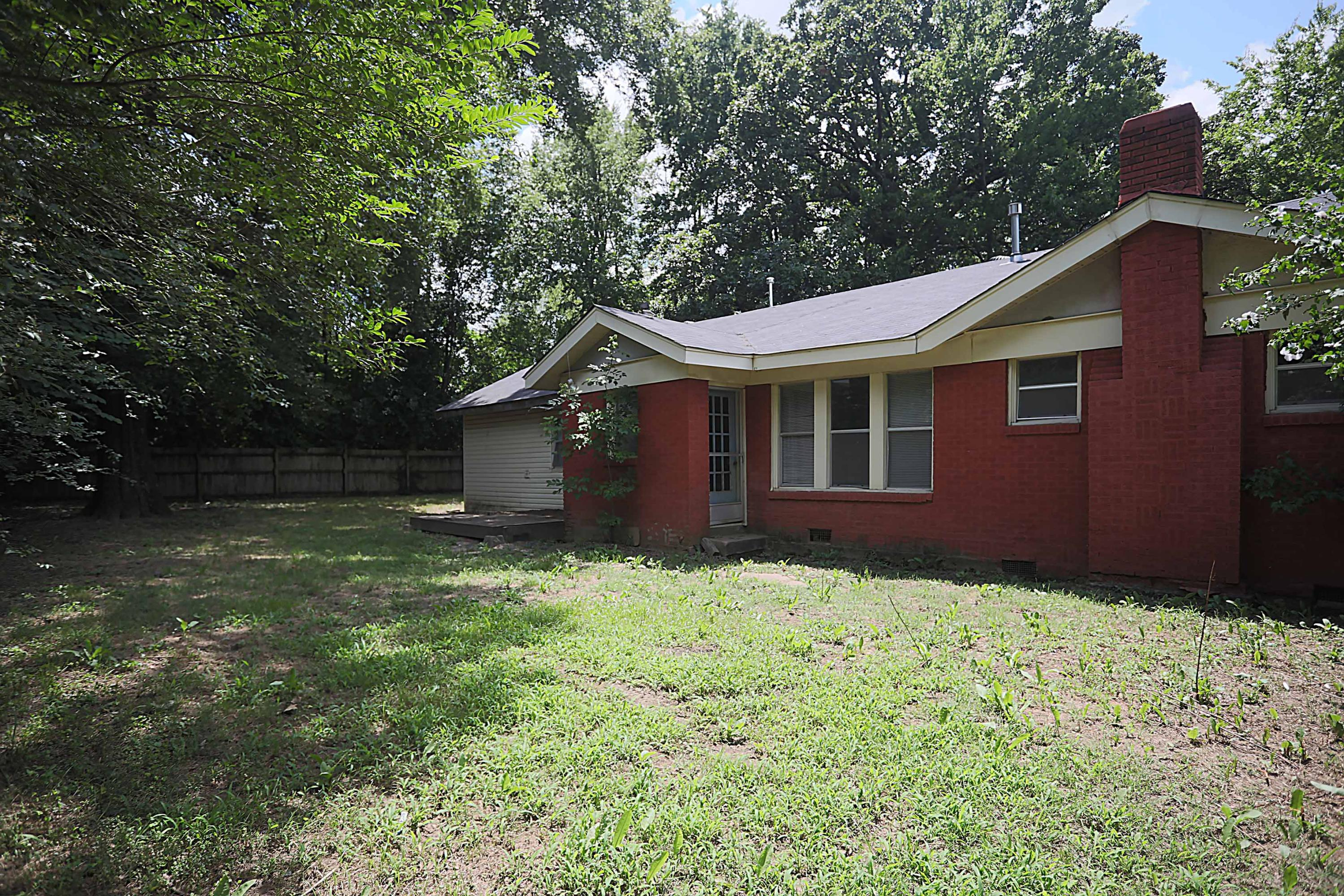 Large photo 18 of home for sale at 205 K Street, Russellville, AR