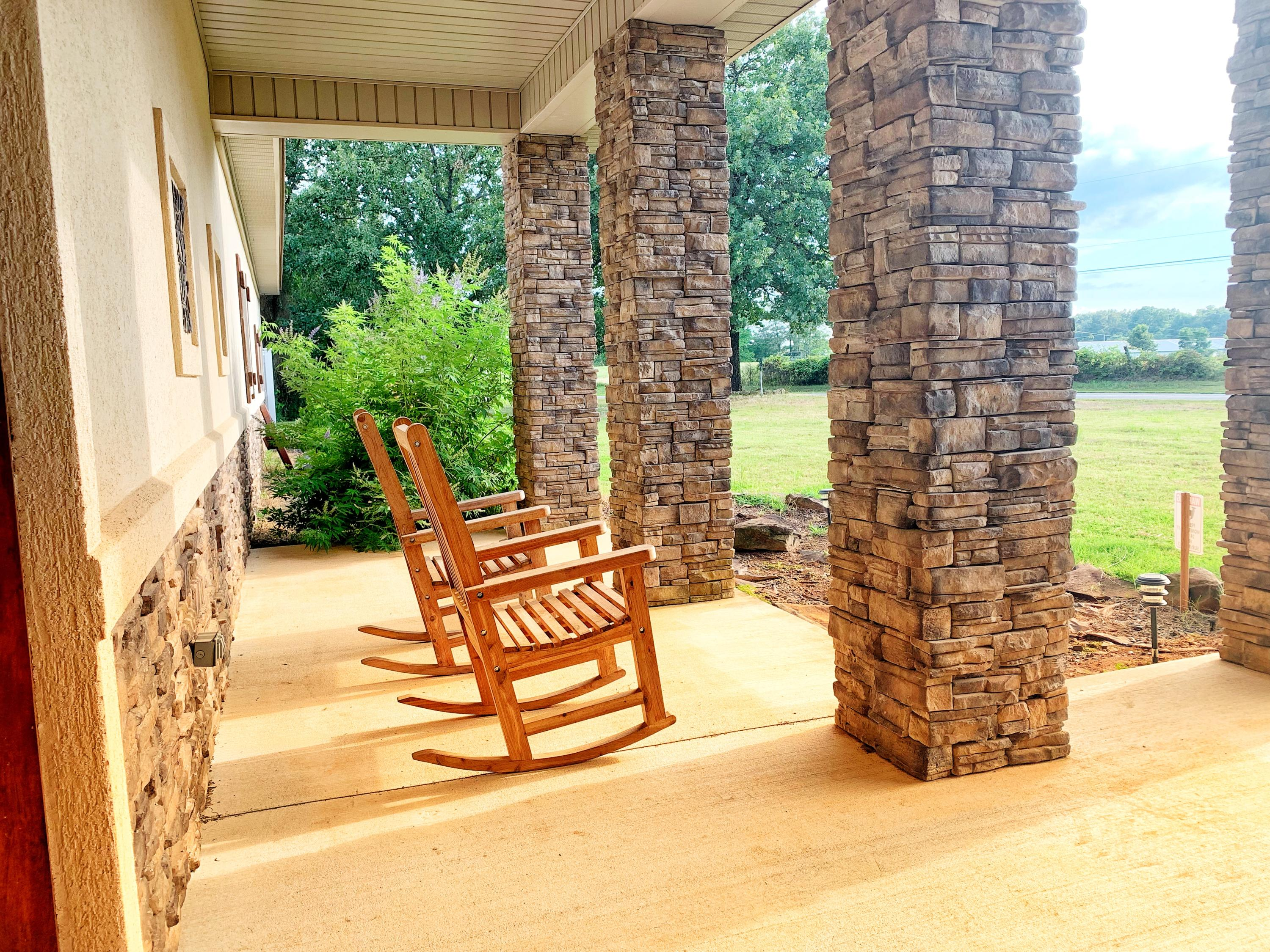Large photo 4 of home for sale at 3975 Hudson Road, Russellville, AR