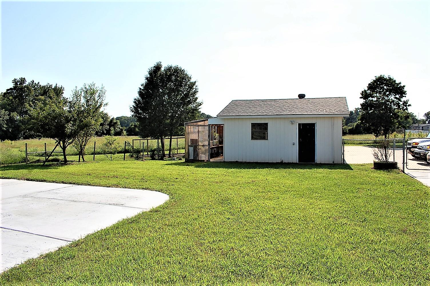 Large photo 57 of home for sale at 753 Hutcherson Road, Russellville, AR