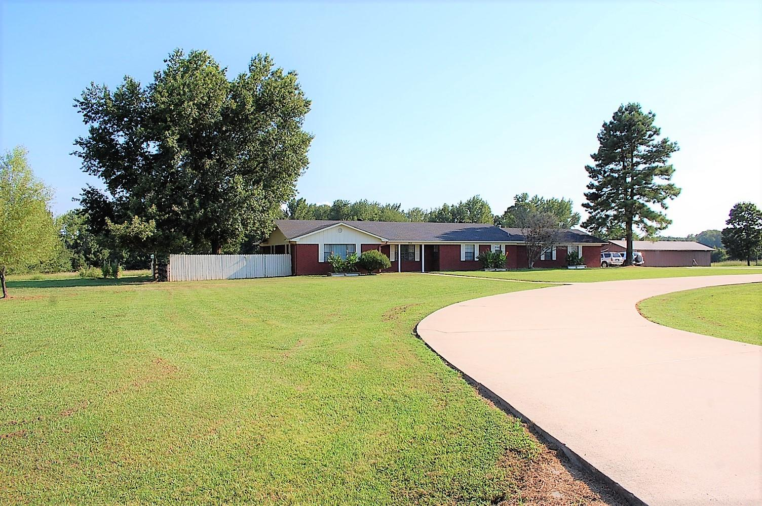 Large photo 46 of home for sale at 753 Hutcherson Road, Russellville, AR